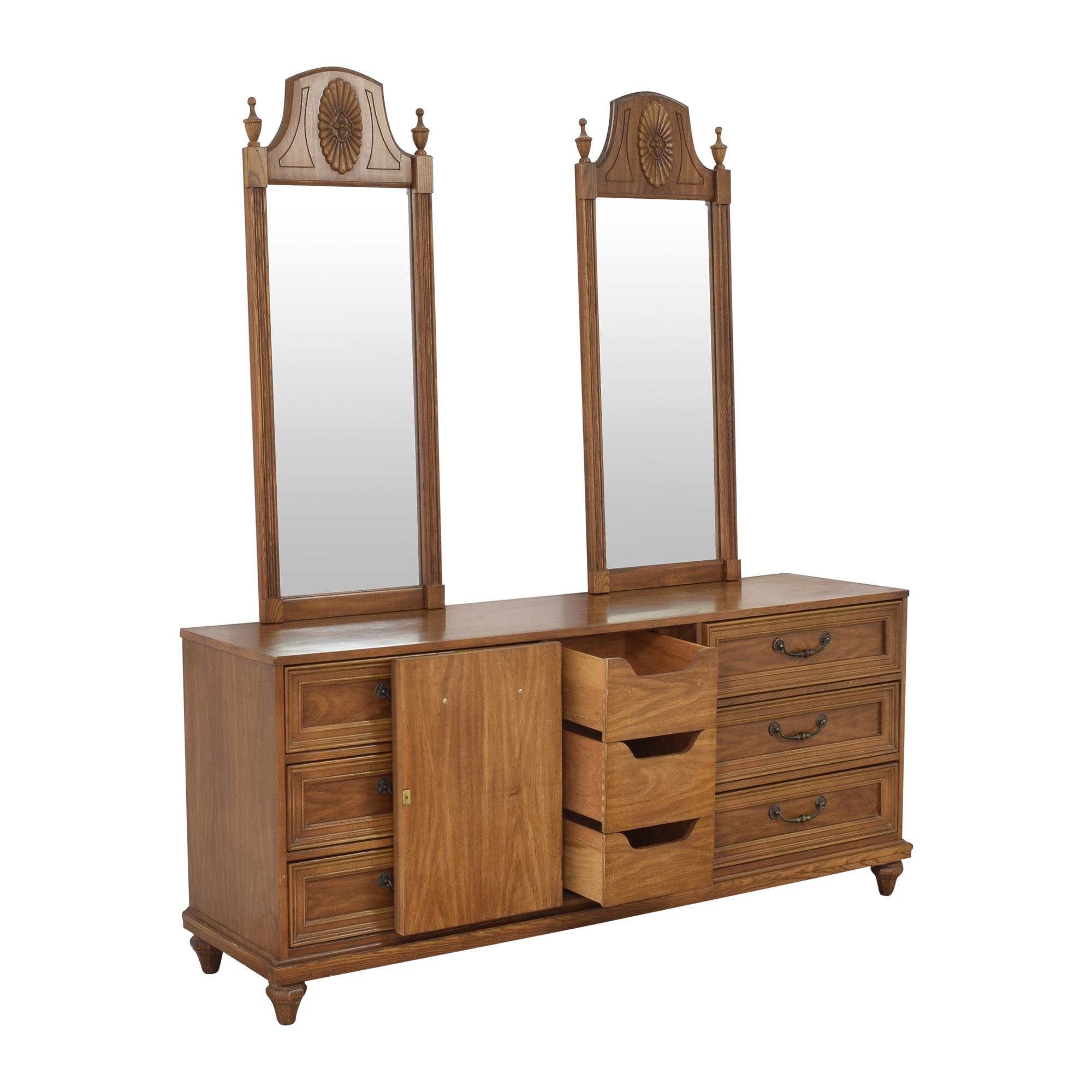 Bassett Furniture Bassett Furniture Cortese Triple Dresser with Mirrors second hand
