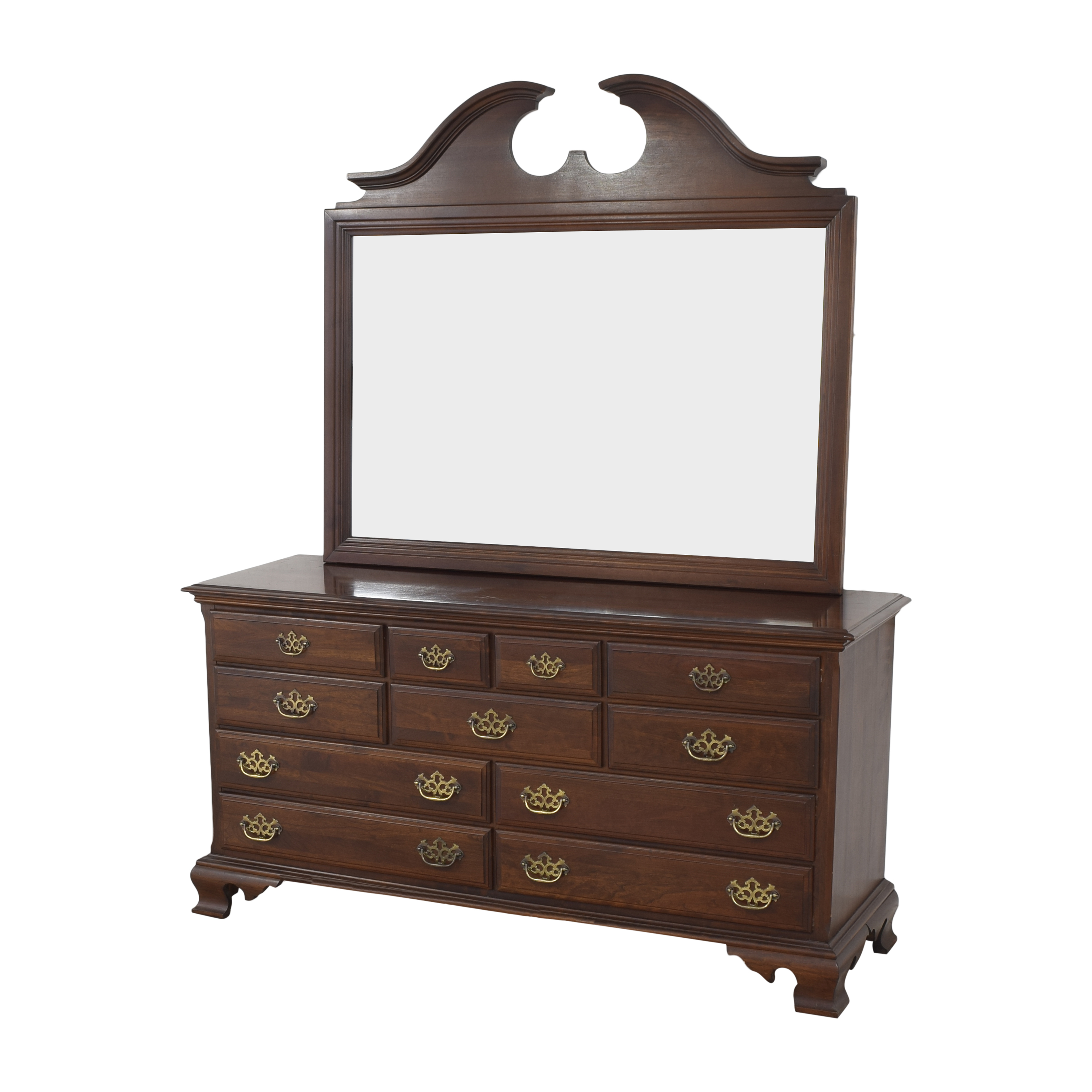 Chippendale-Style Dresser with Mirror nj