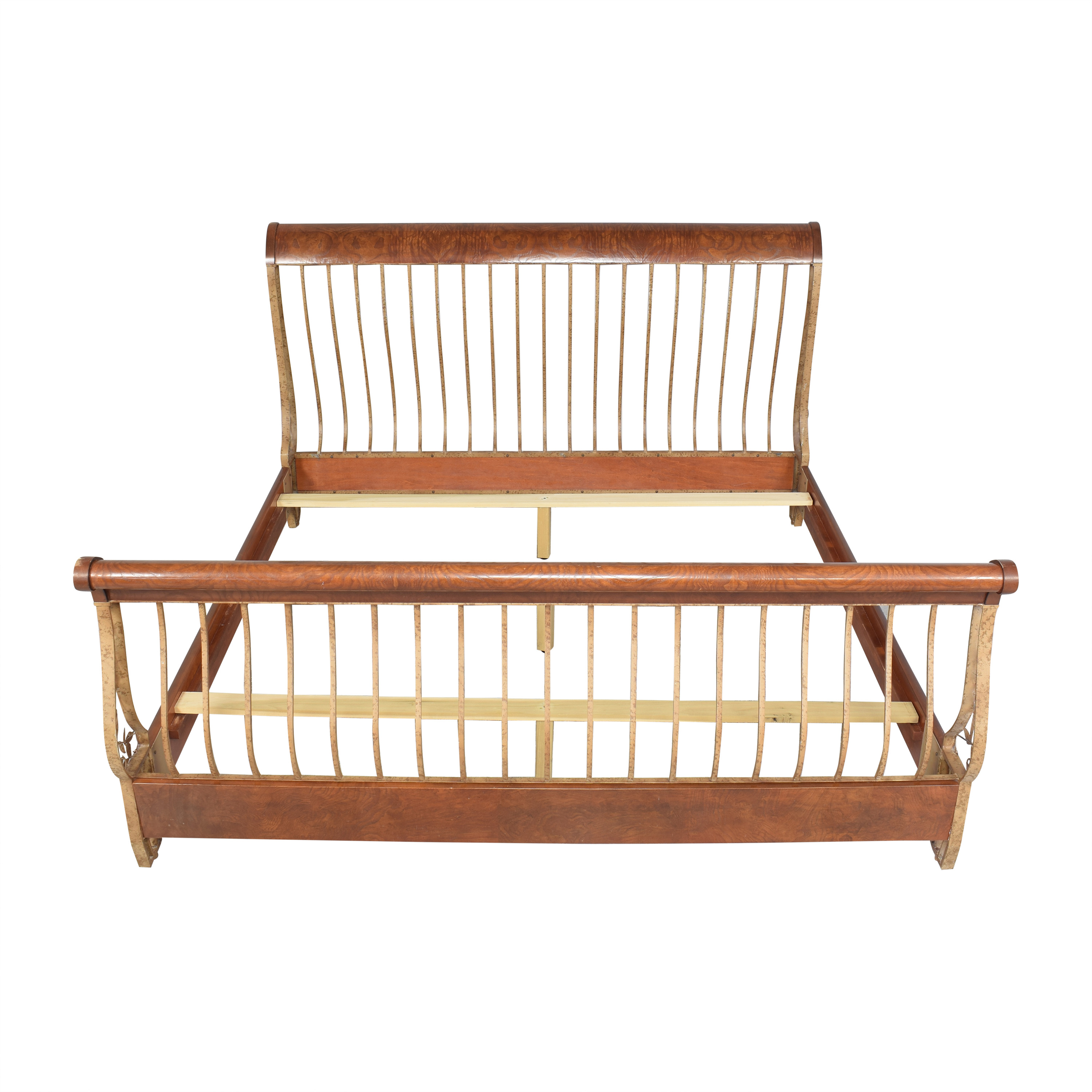 Hickory White Hickory White Openwork King Sleigh Bed second hand