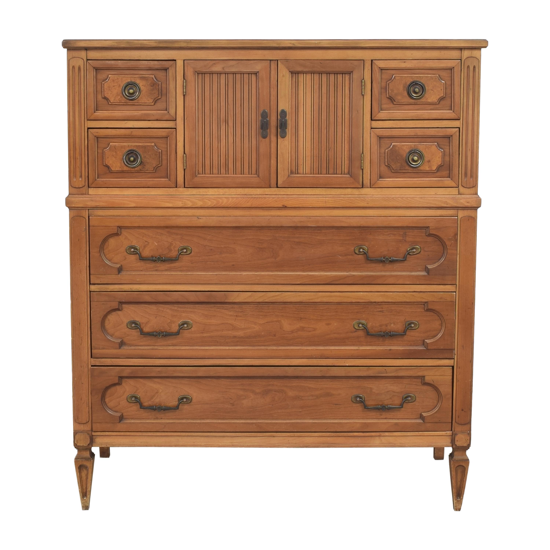 Seven Drawer Gentleman's Chest / Dressers