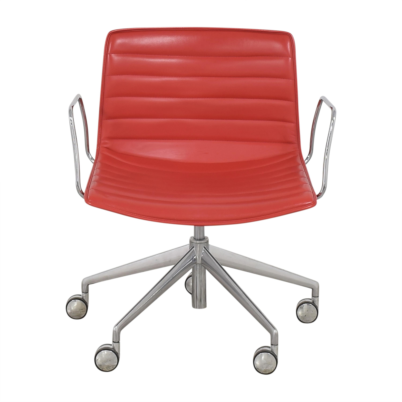 Gordon International Gordon International Catifa Arm Chair ma