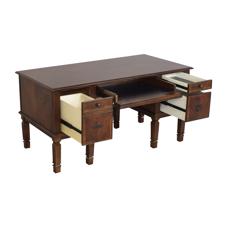 Ashley Furniture Buckingham Desk / Tables