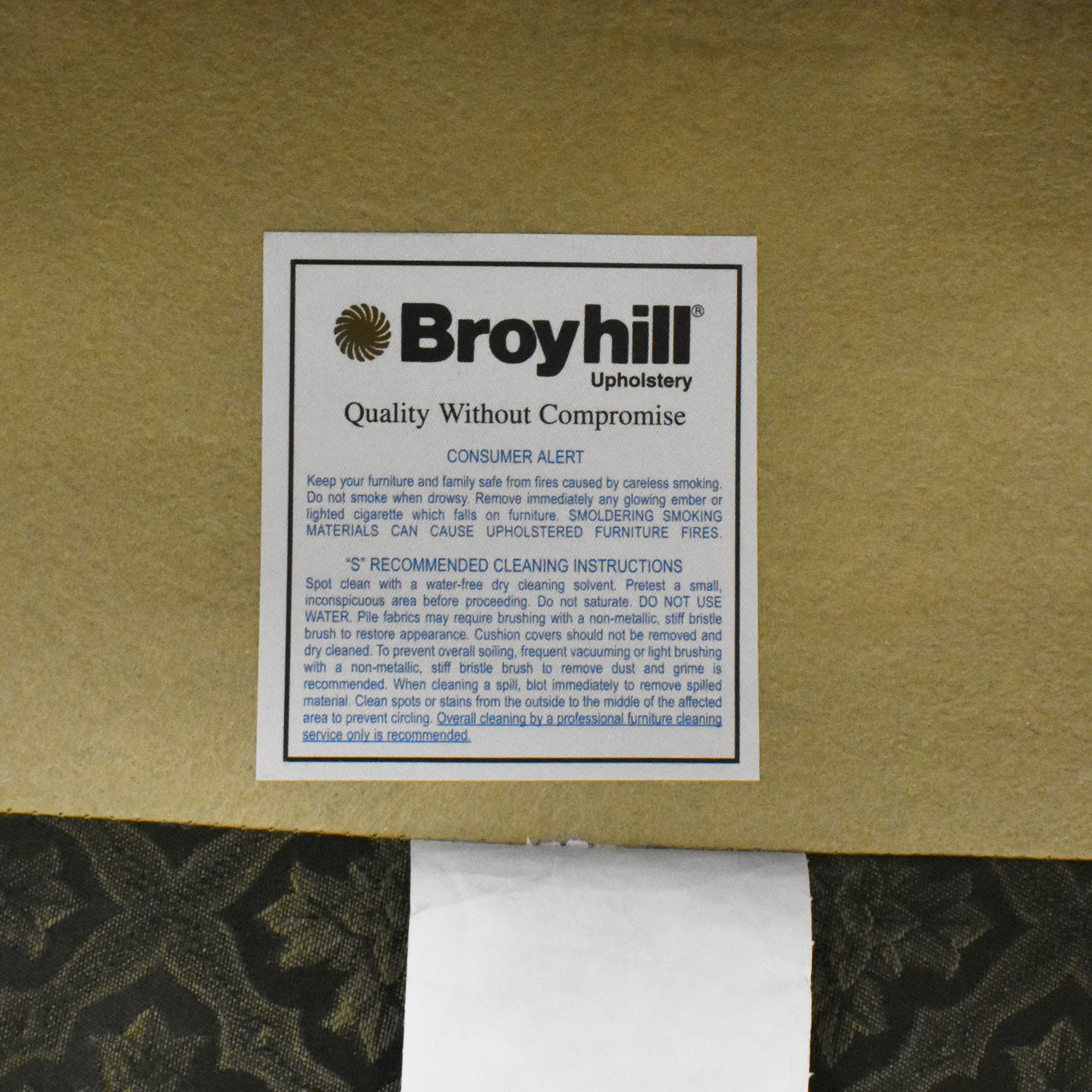 buy Broyhill Lounge Chair with Ottoman Broyhill Furniture Accent Chairs