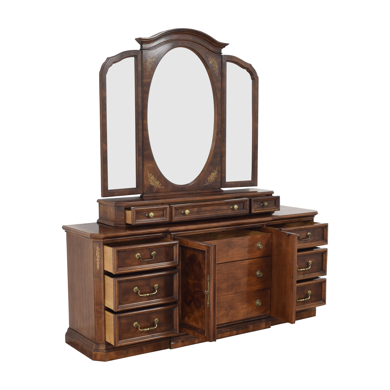 Bernhardt Bernhardt Dresser with Trifold Mirror dimensions