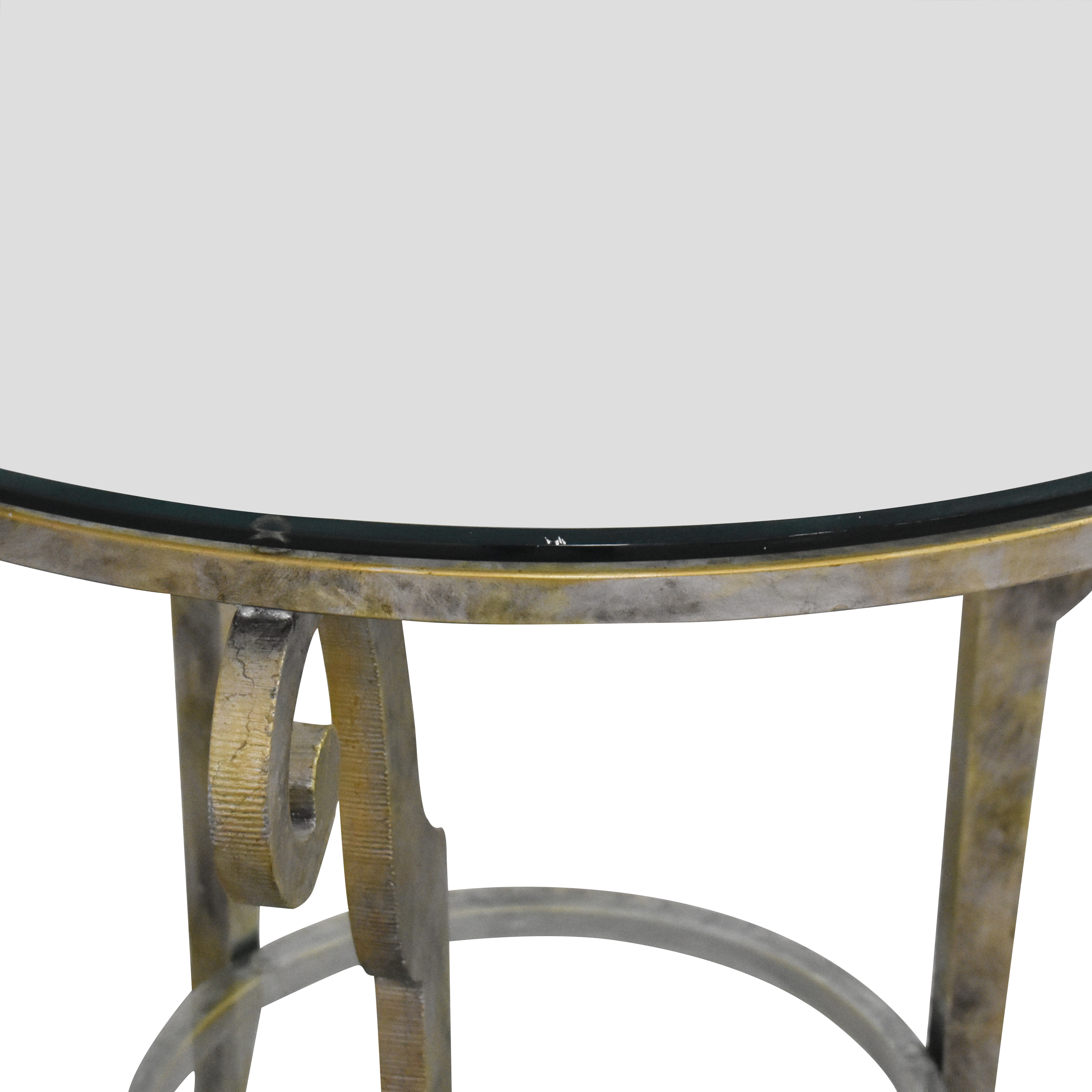 Ethan Allen Round End Table / Accent Tables