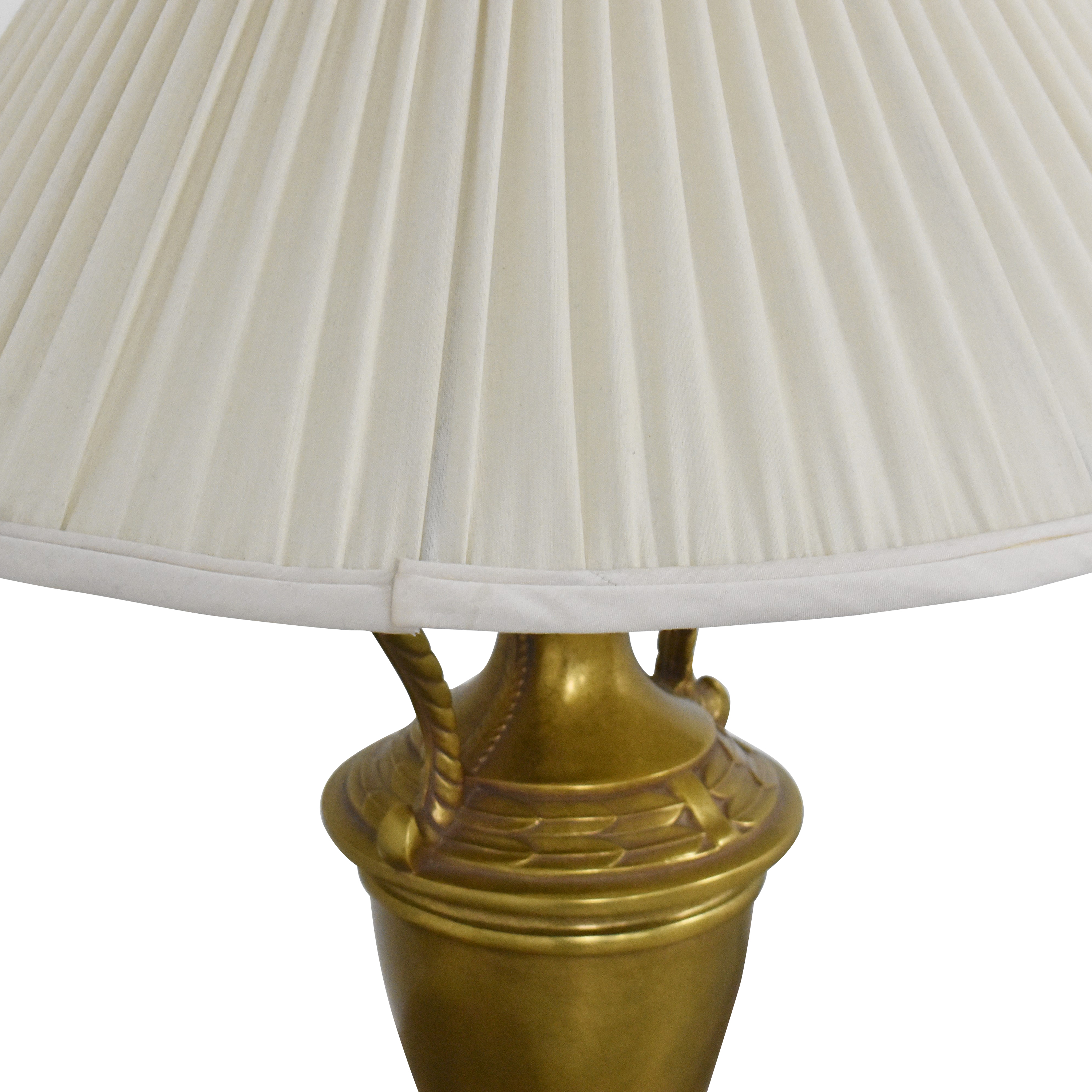 Ethan Allen Urn Table Lamp / Lamps