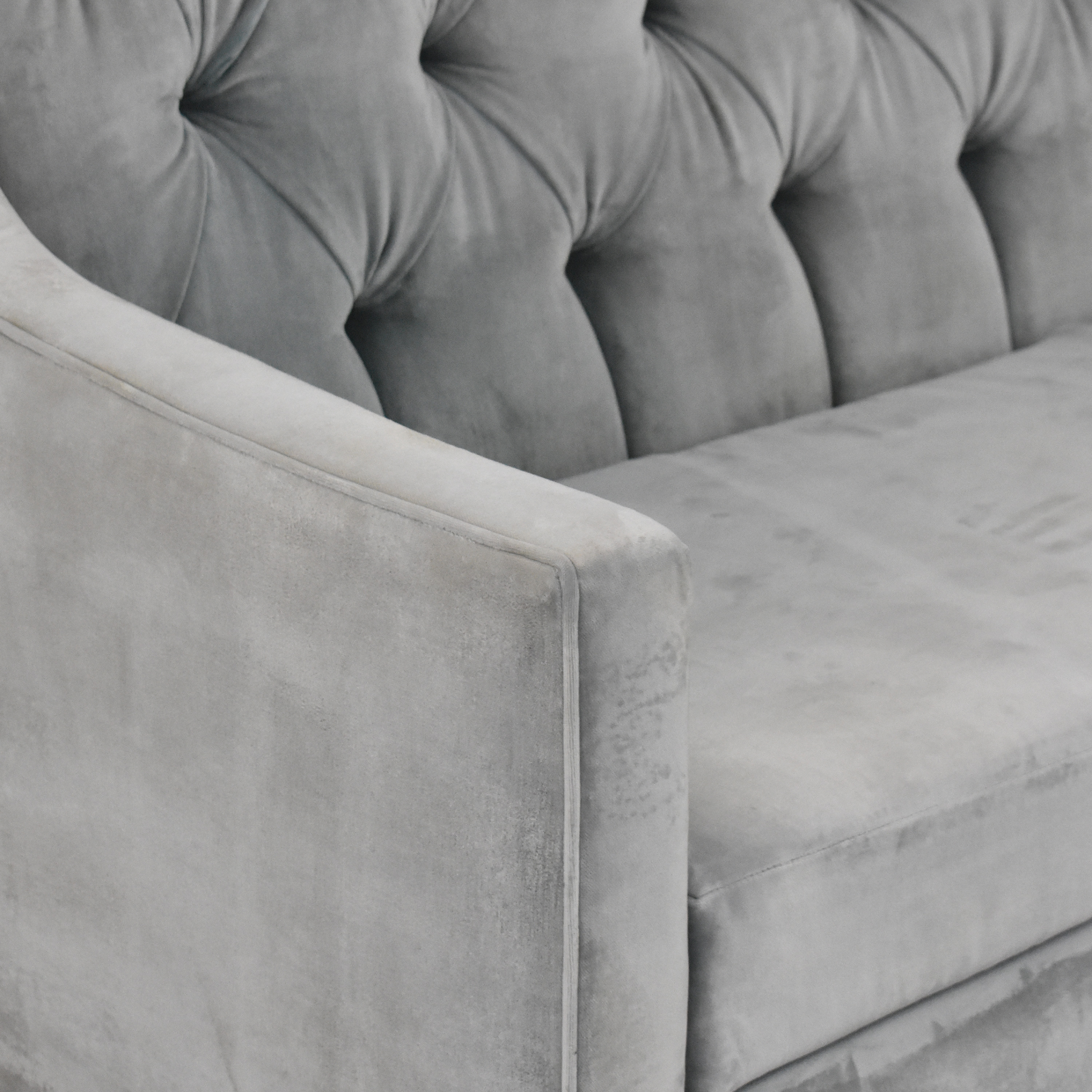 Tufted Upholstered Sofa price