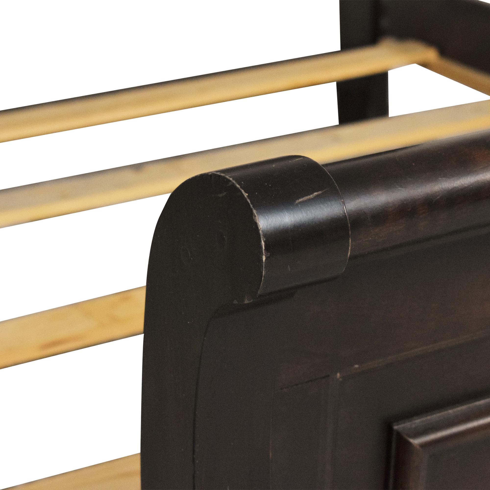 Vaughan-Bassett Vaughan-Bassett Reflections Queen Sleigh Bed Bed Frames