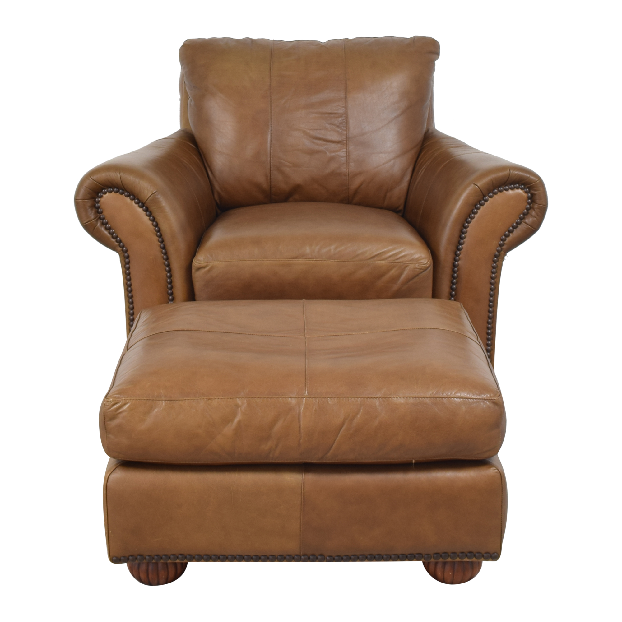 Raymour & Flanigan Raymour & Flanigan Nailhead Club Chair with Ottoman pa