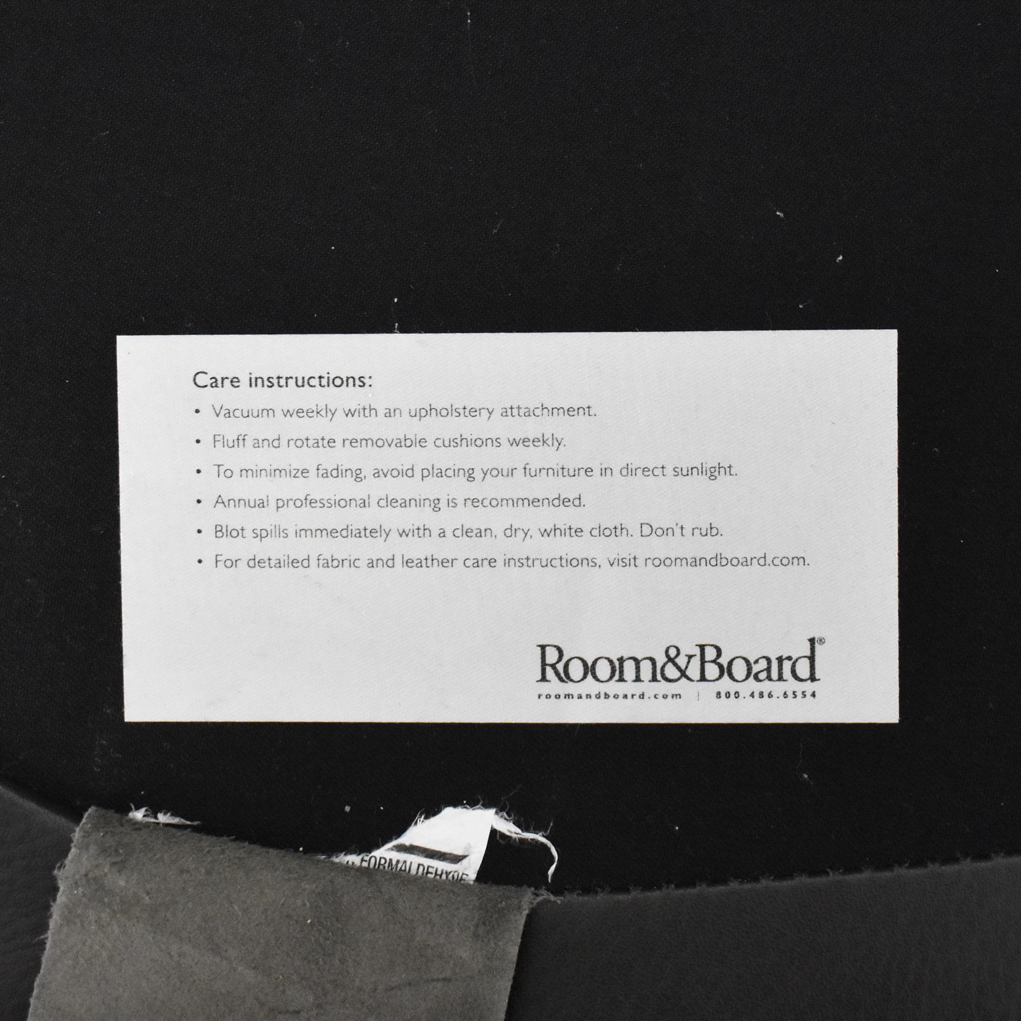 Room & Board Room & Board Otis Swivel Chair ct