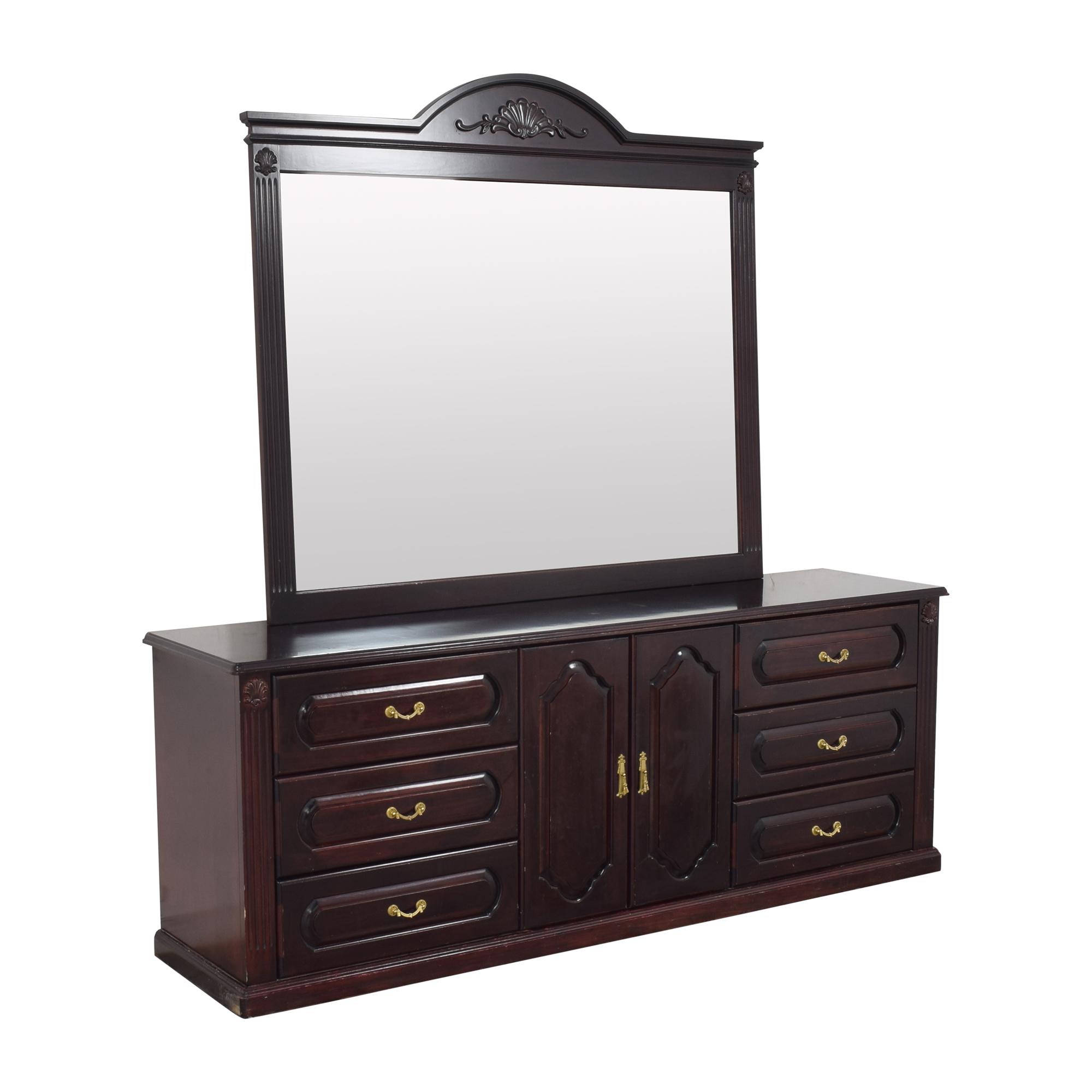 Triple Dresser with Mirror pa