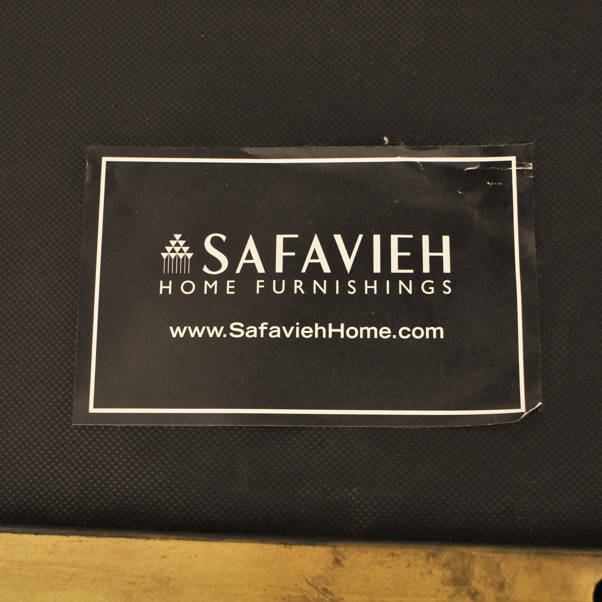 Safavieh Safavieh Tufted Accent Chair used