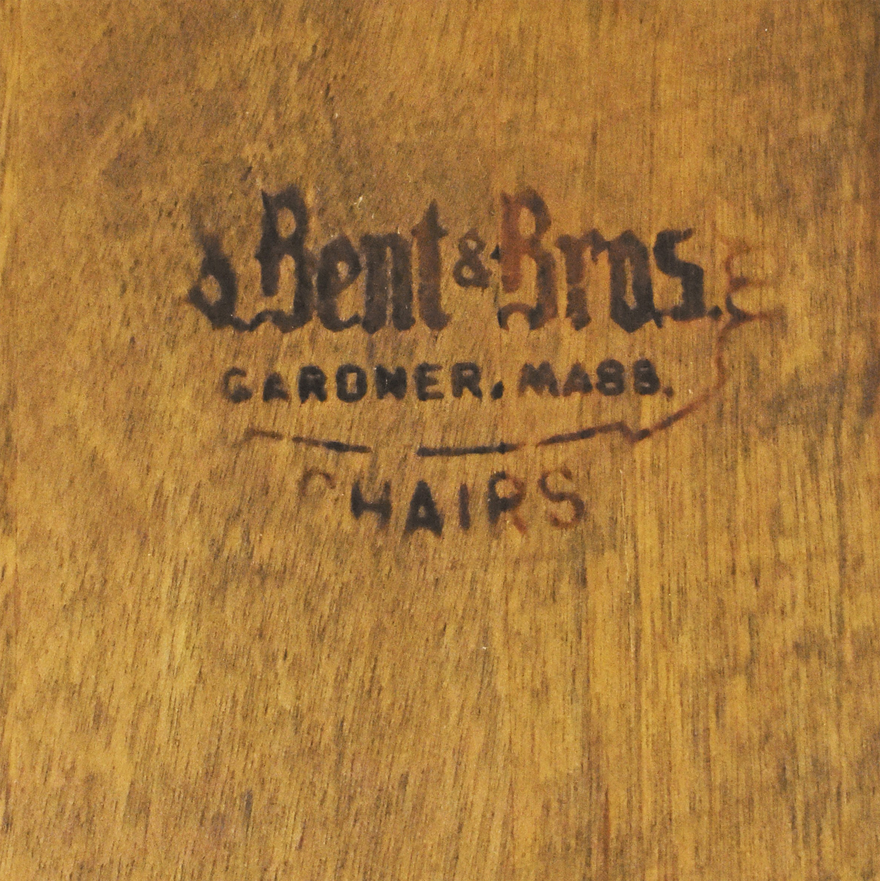 S. Bent & Bros Brace Back Windsor Dining Side Chairs / Dining Chairs