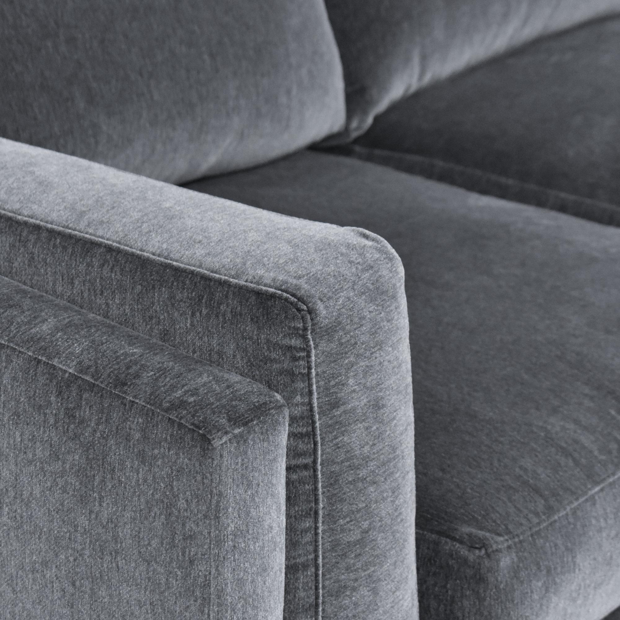 BenchMade Modern BenchMade Modern Skinny Fat Sofa ma