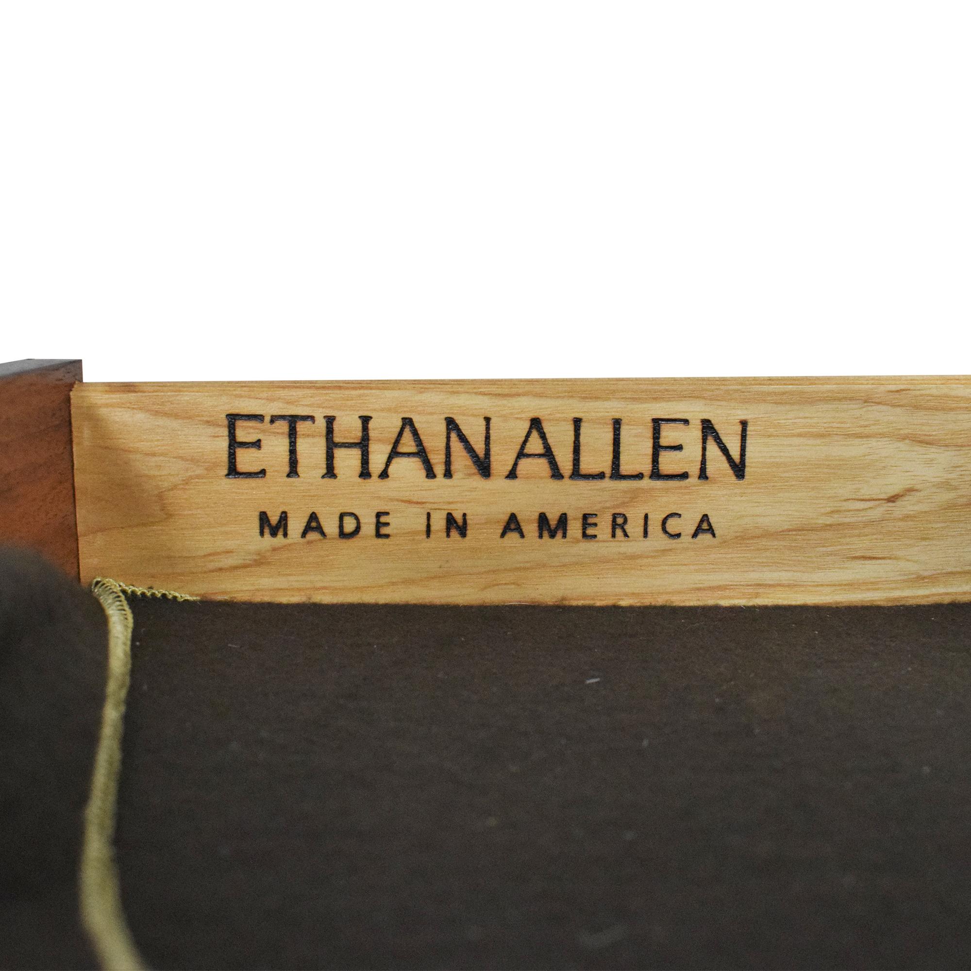 Ethan Allen Ethan Allen Extendable Dining Table Brown