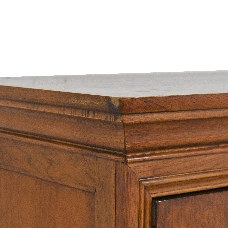 Thomasville Thomasville Six Drawer Dresser Brown