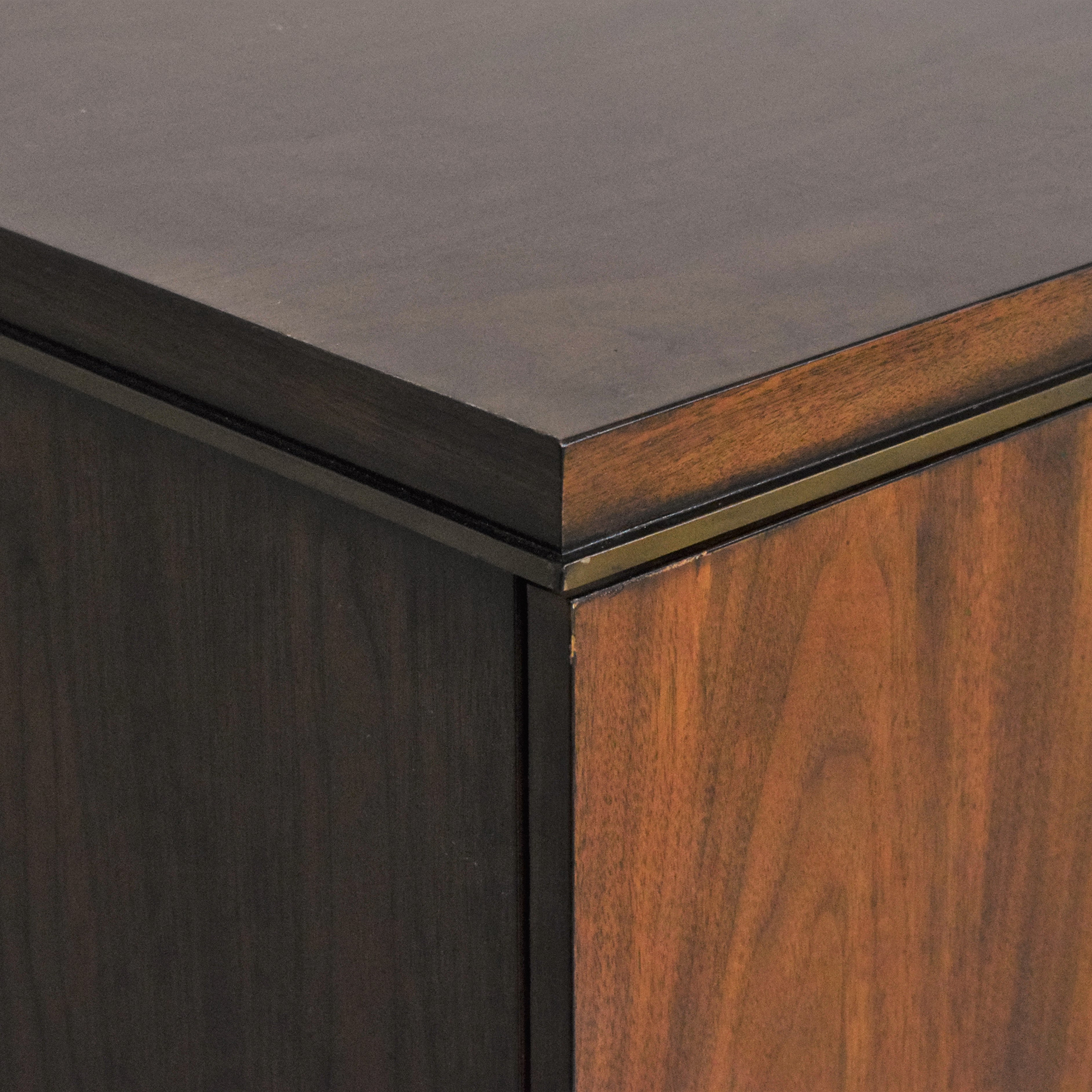 Lexington Furniture Lexington Tower Place Collection Highland Park Buffet Cabinets & Sideboards