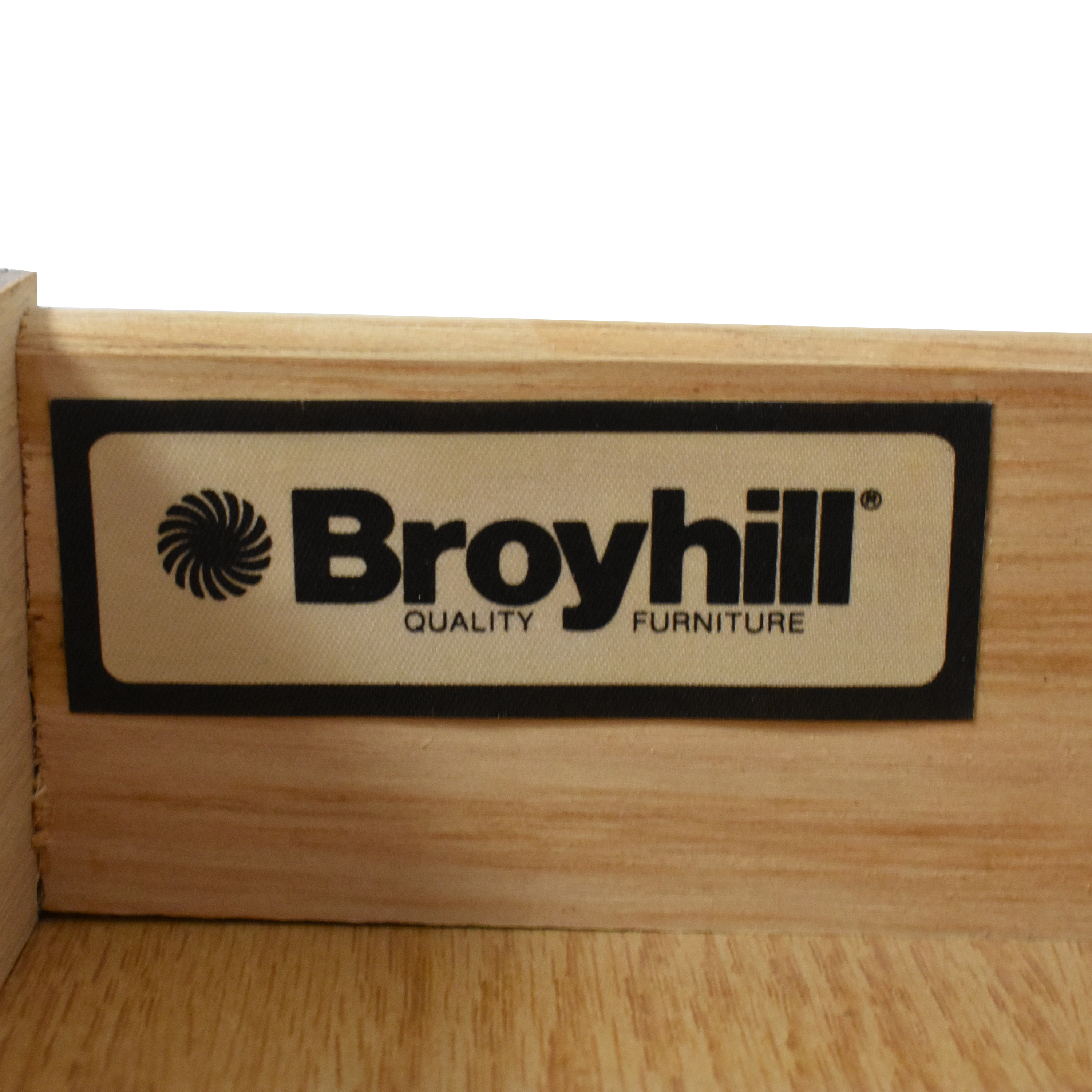 shop Broyhill Single Drawer Round End Table Broyhill Furniture Tables