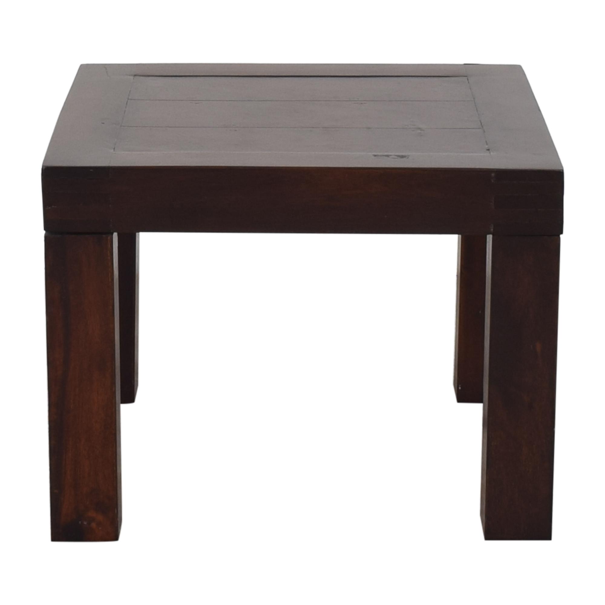 Huisraad Huisraad End Table Tables