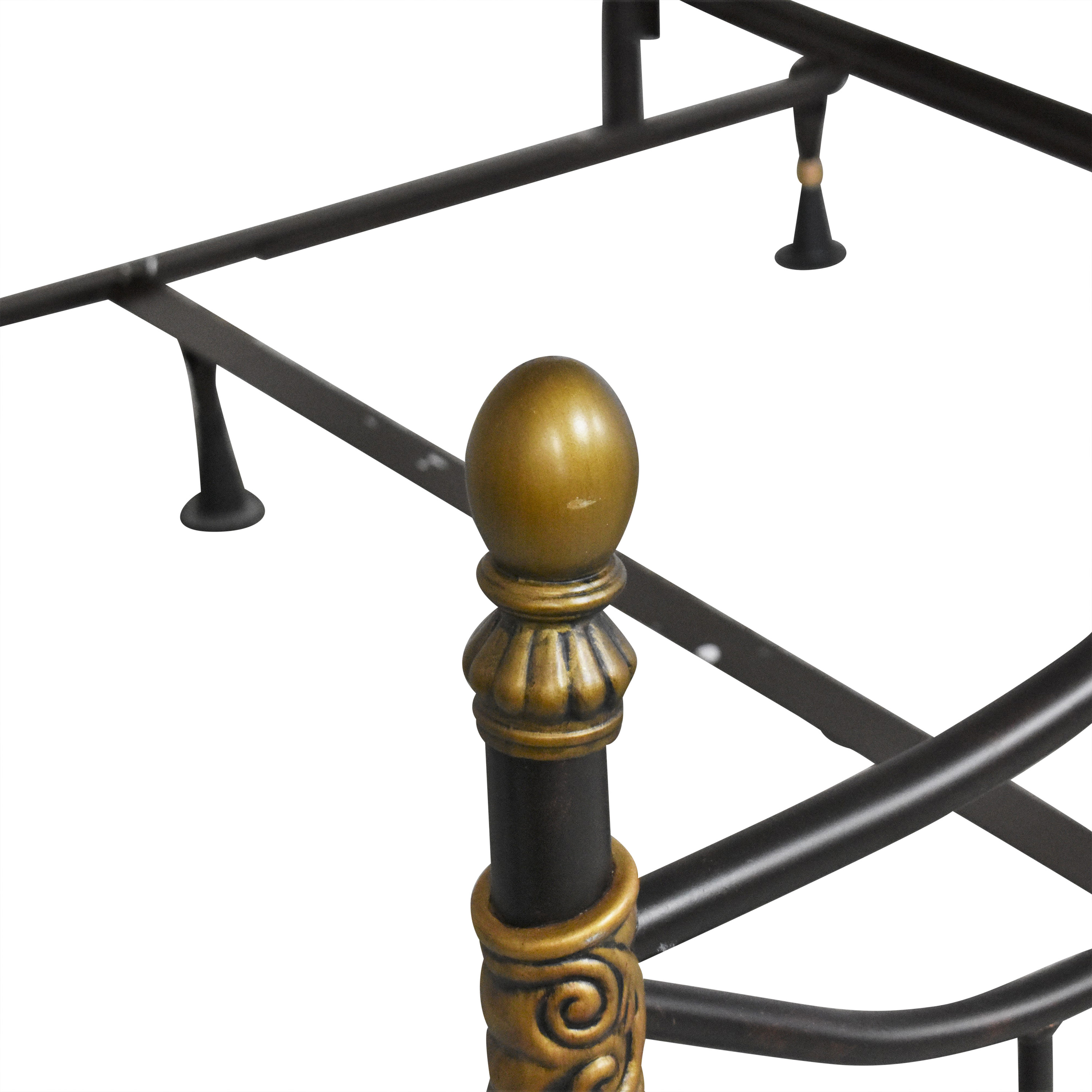 Raymour & Flanigan Raymour & Flanigan Openwork Queen Bed Bed Frames