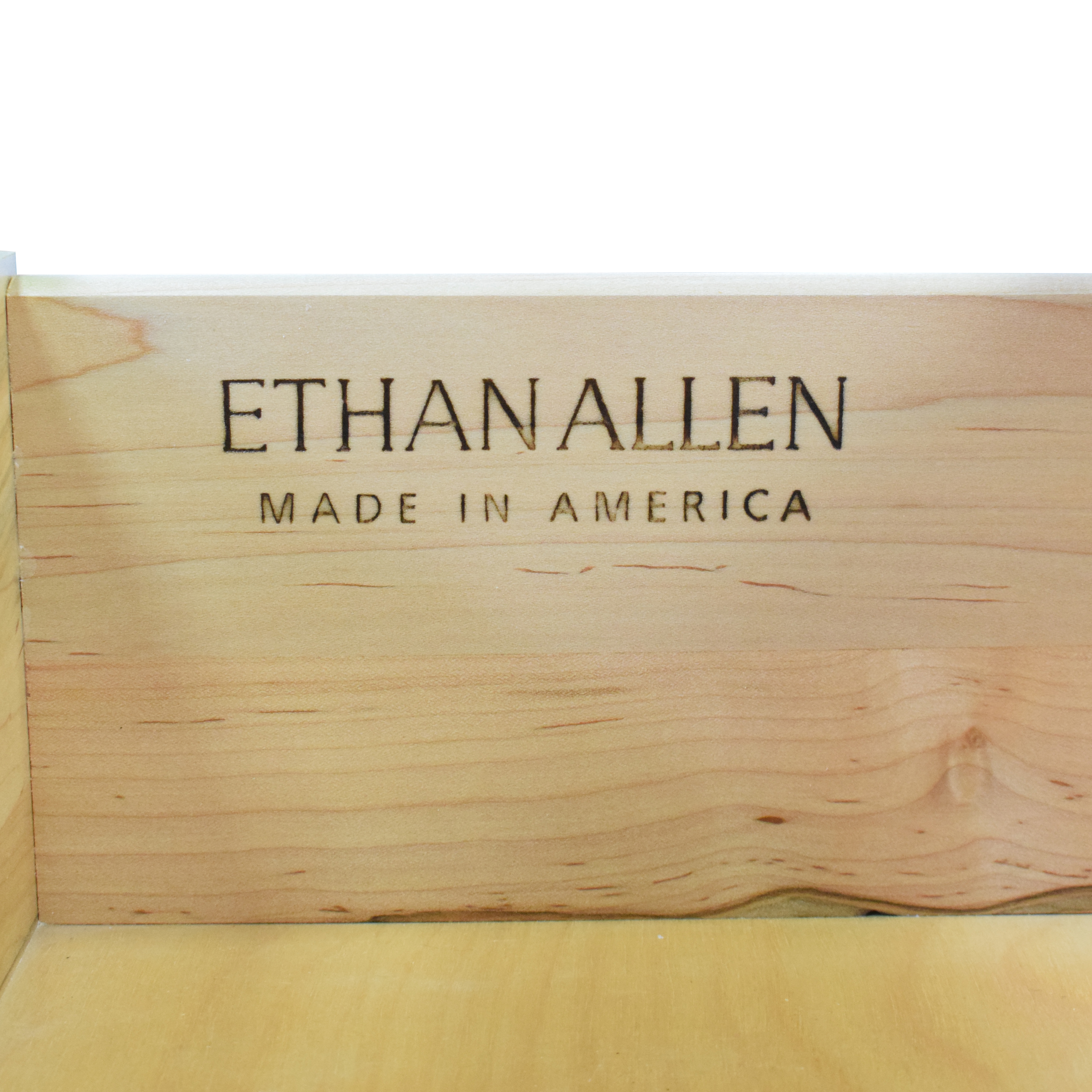 Ethan Allen Ethan Allen Legacy Collection Sideboard ct