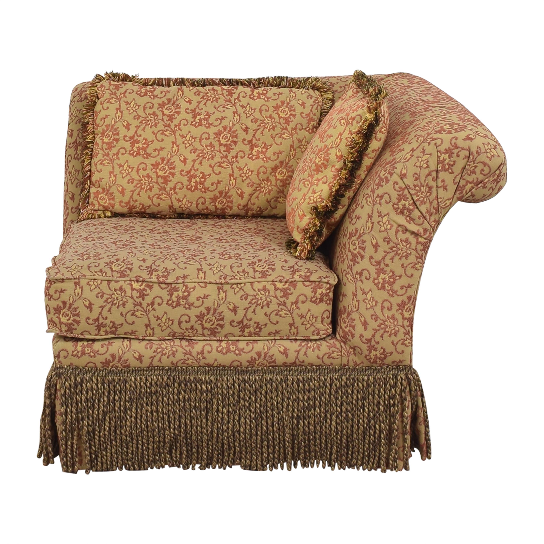Fringe Trim Corner Chair ma