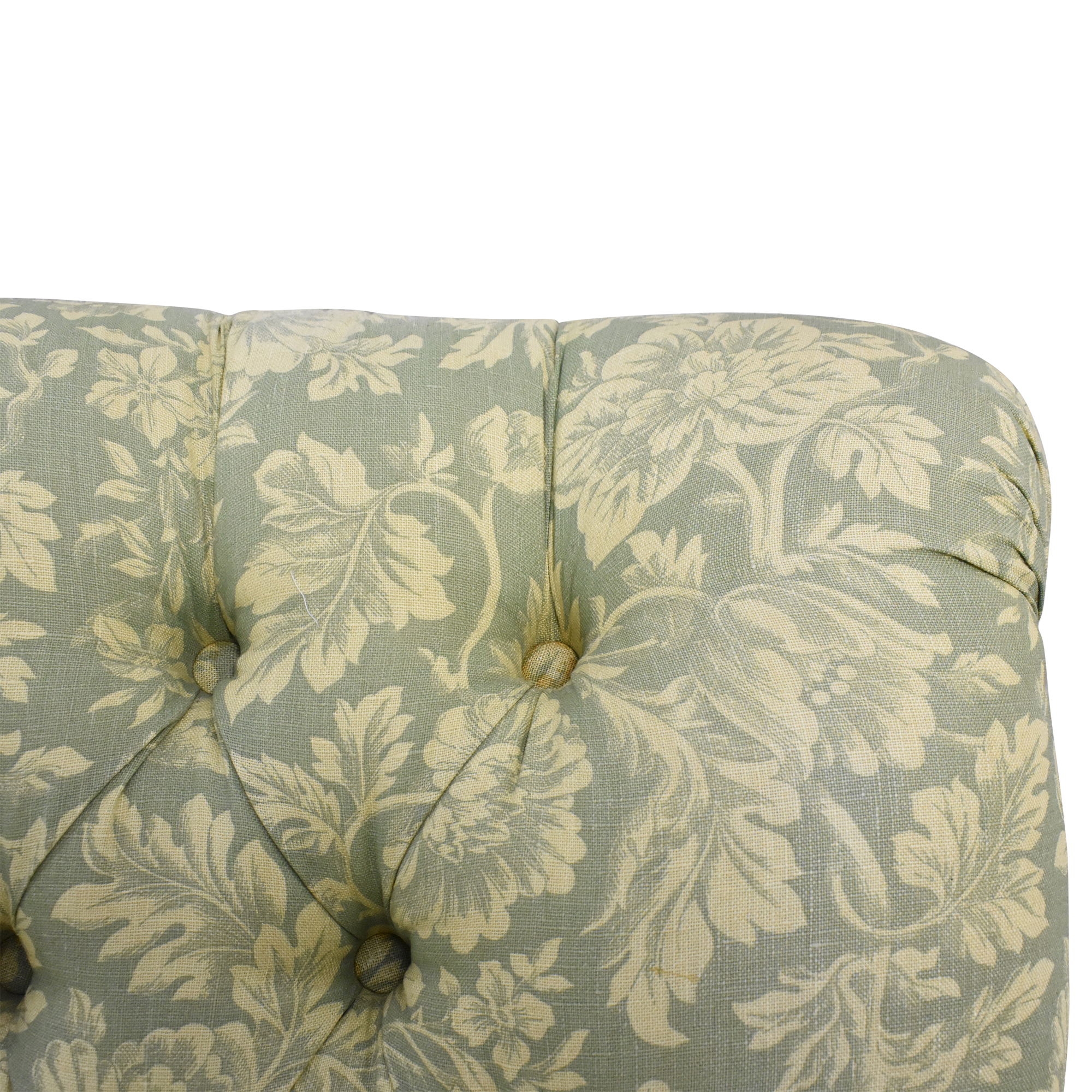 Lee Industries Tufted Armless Accent Chair / Accent Chairs