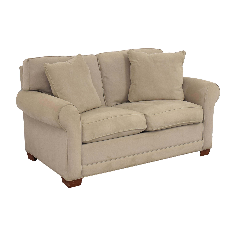 HM Richards Furniture HM Richards Furniture Roll Arm Loveseat ma
