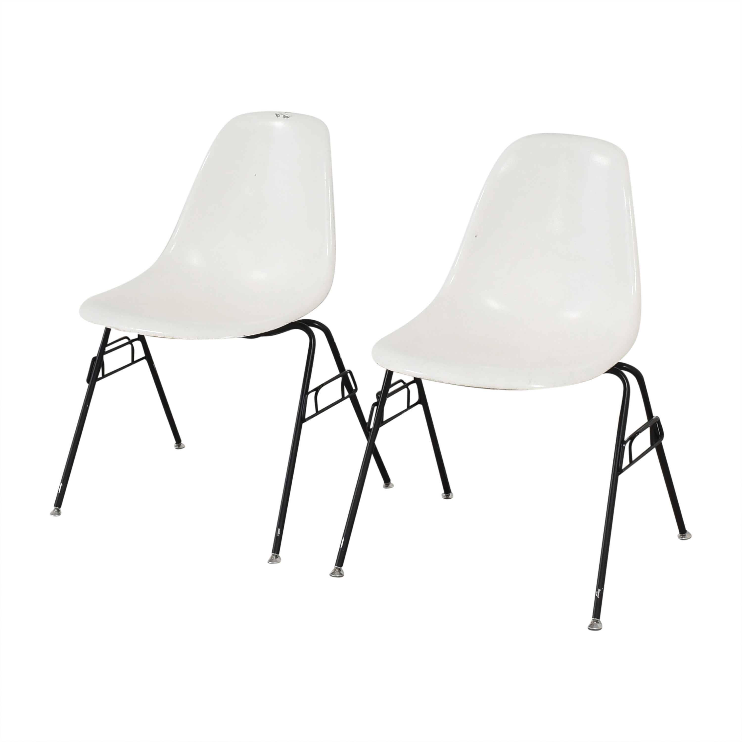 Modernica Case Study Furniture Side Shell Stacking Chairs / Dining Chairs