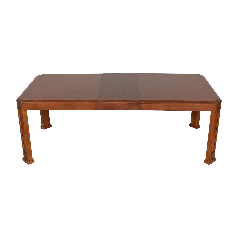 Thomasville Thomasville Extendable Dining Table