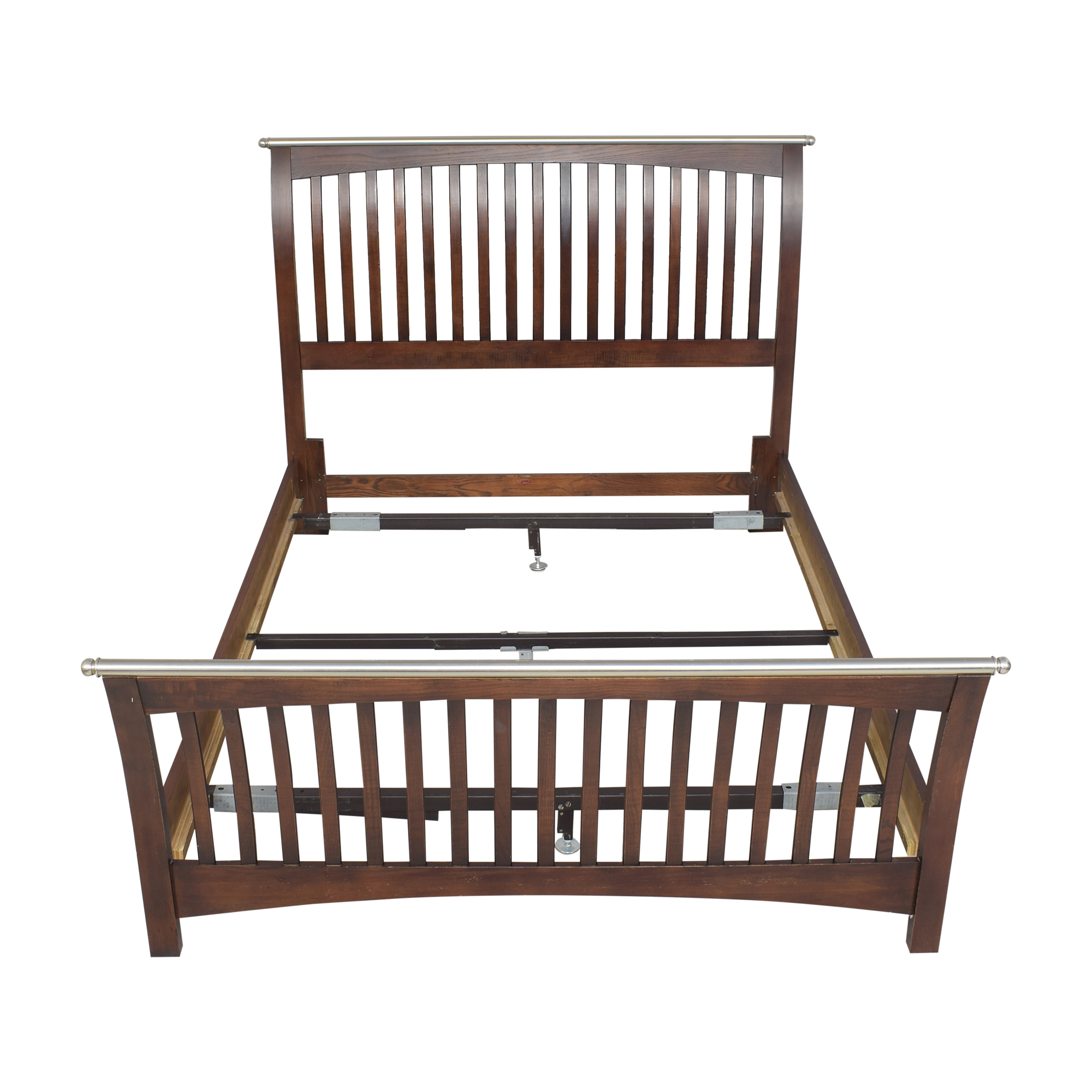Thomasville Thomasville Mission-Style Queen Bed used