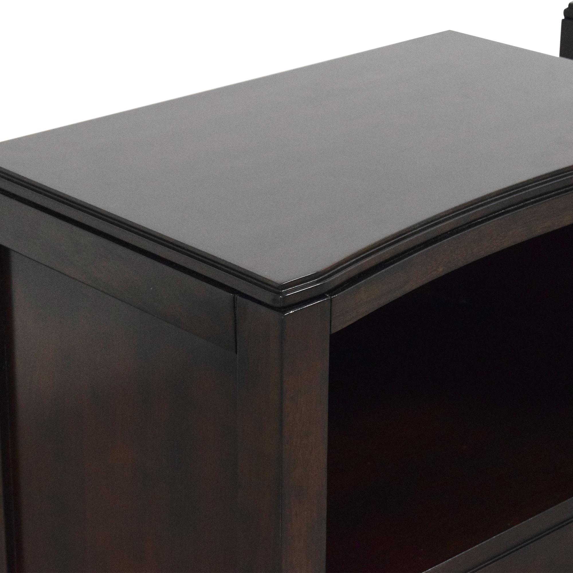 shop Bassett Furniture Cosmopolitan Nightstands Bassett Furniture End Tables