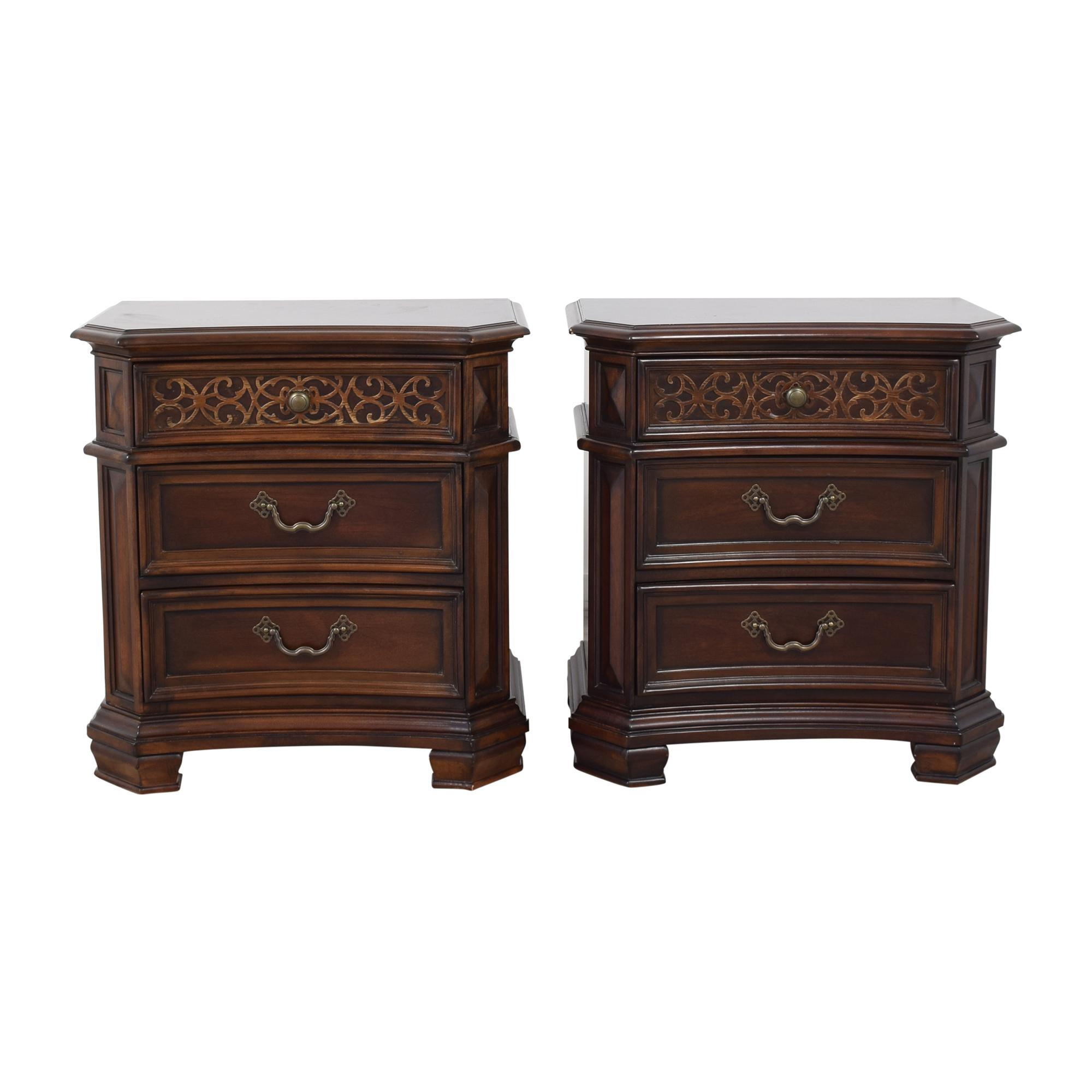 Pulaski Furniture Pulaski Furniture Costa Dorada Nightstands second hand