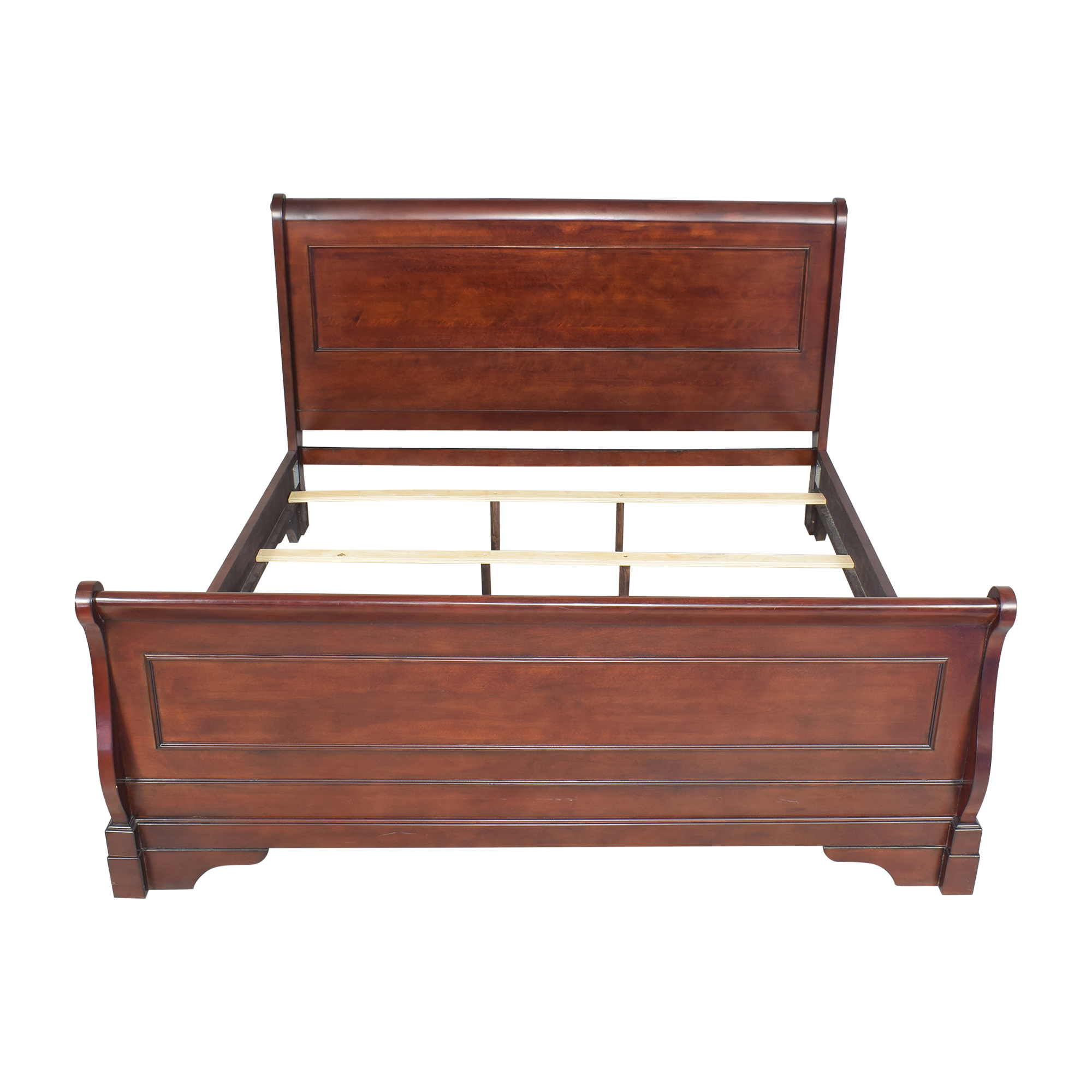New Classic Furniture New Classic Furniture Versaille King Sleigh Bed second hand