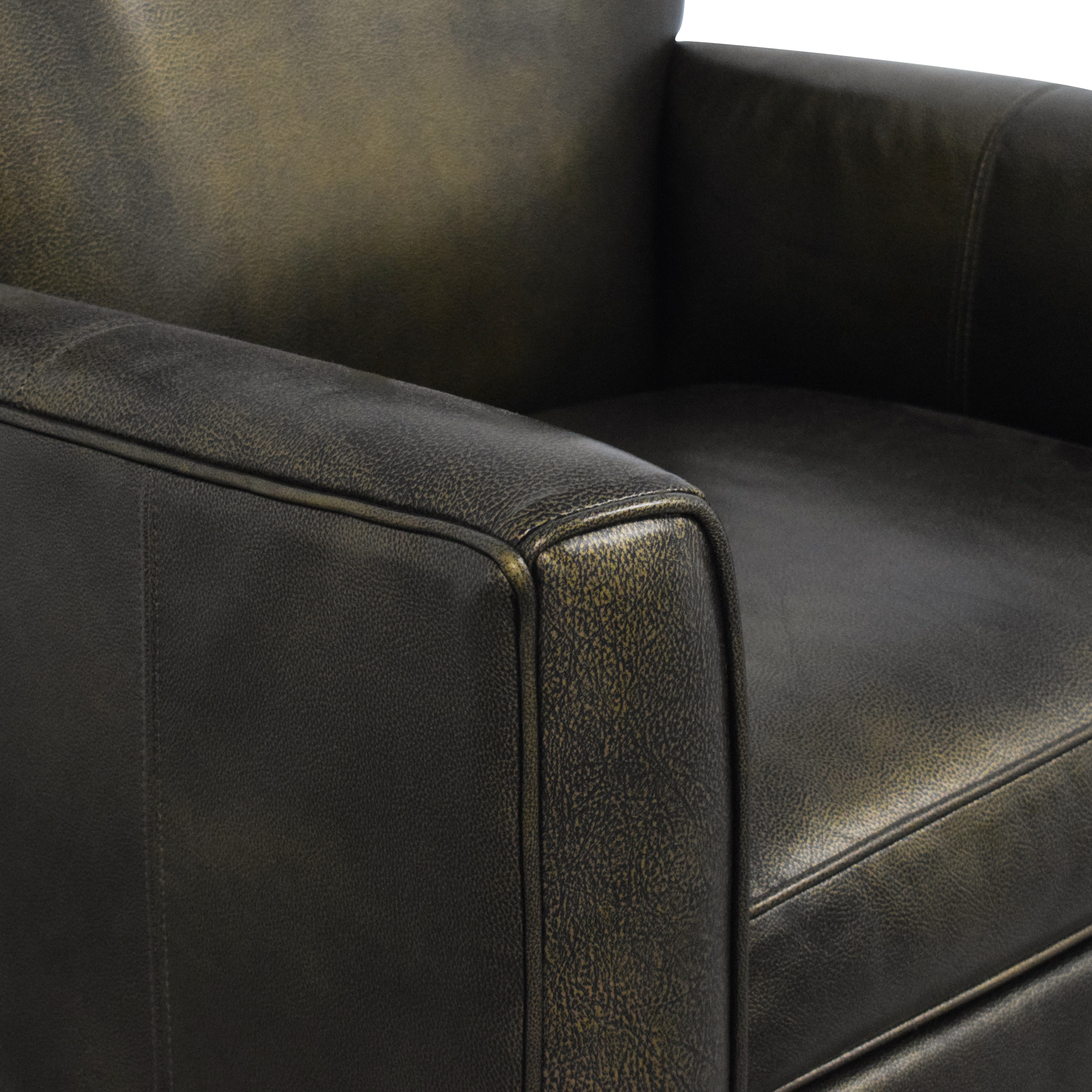 Ethan Allen Ethan Allen Tufted Wingback Chair ct