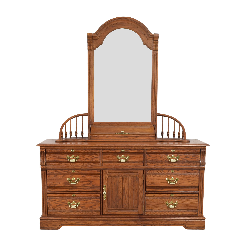 Lexington Furniture Lexington Furniture Dresser with Mirror