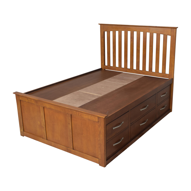 Raymour & Flanigan Raymour & Flanigan Everitt Full Storage Platform Bed Bed Frames