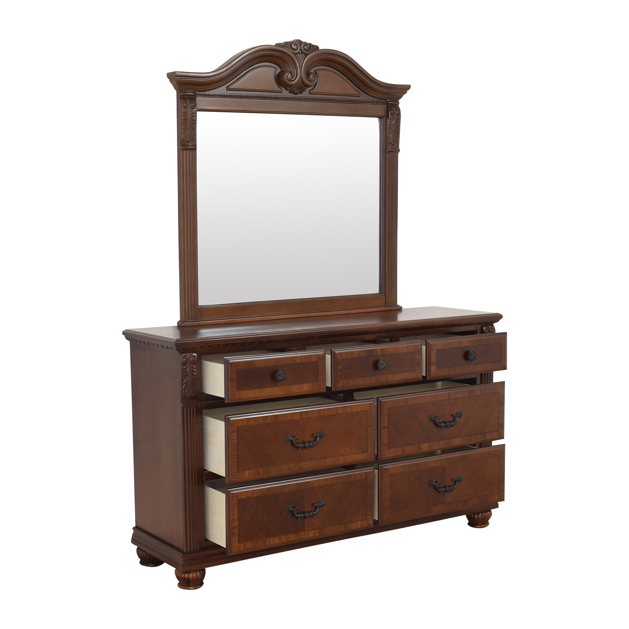 Raymour & Flanigan Raymour & Flanigan Ashbury Dresser with Mirror brown