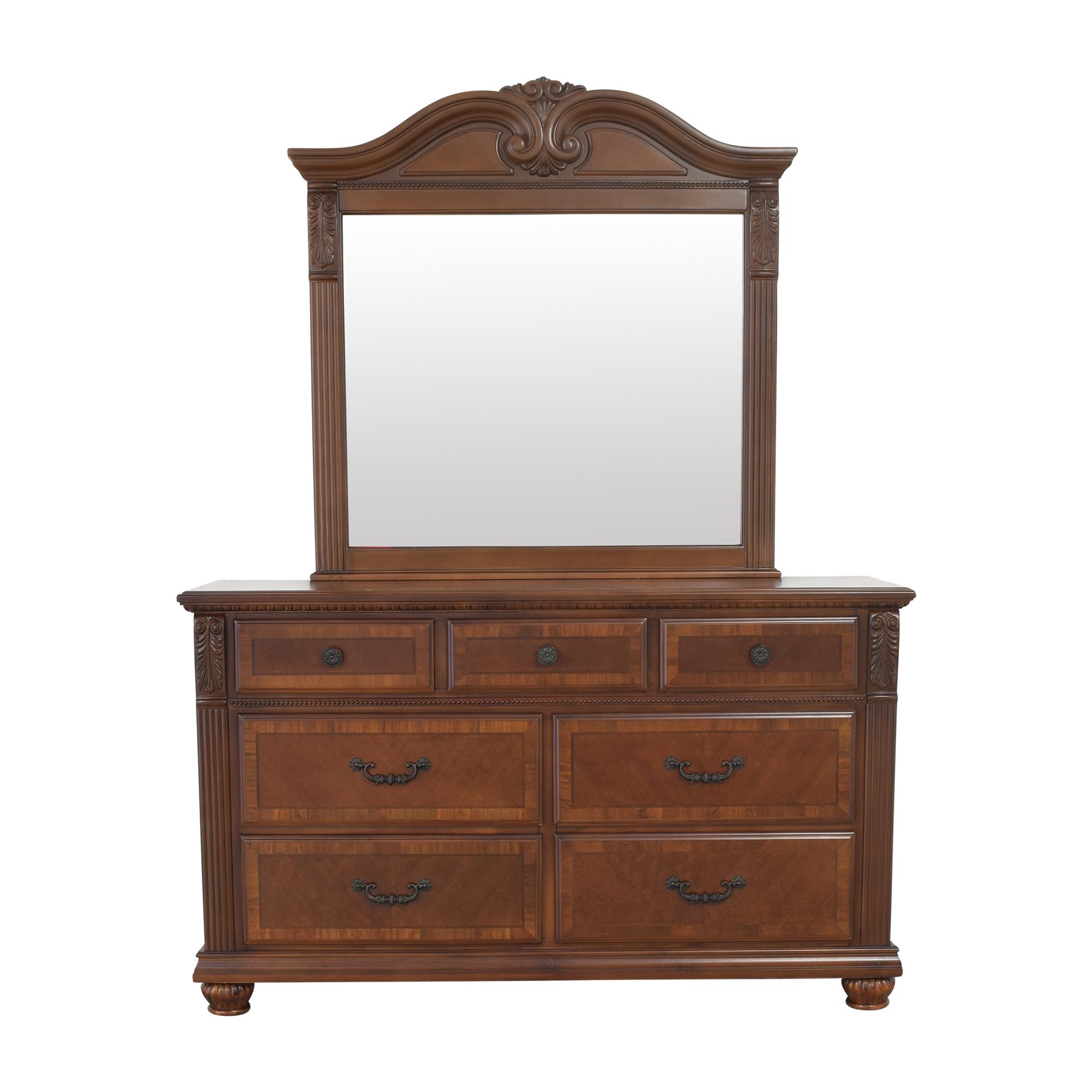 Raymour & Flanigan Raymour & Flanigan Ashbury Dresser with Mirror nyc
