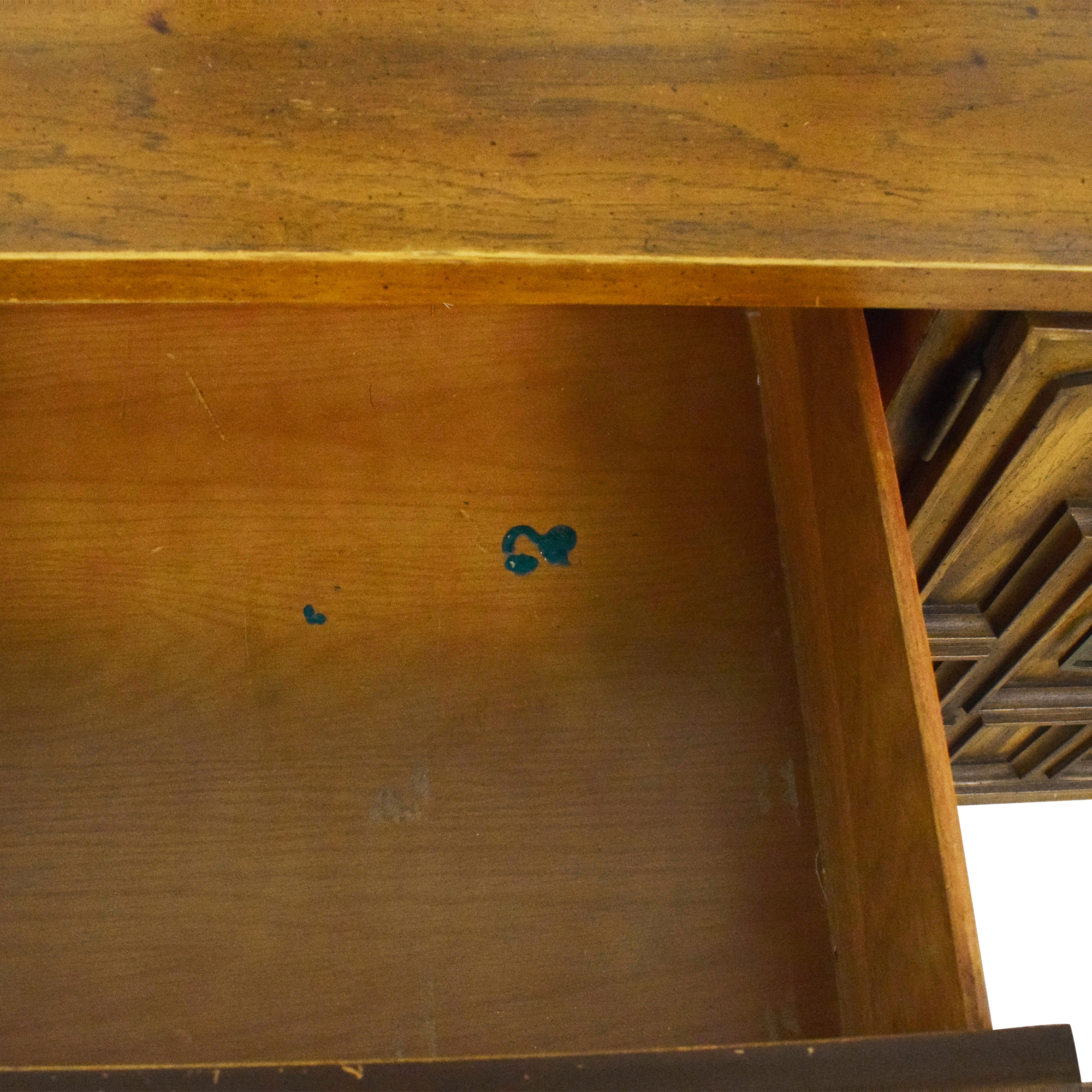 Stanley Furniture Stanley Furniture Triple Dresser with Mirrors second hand