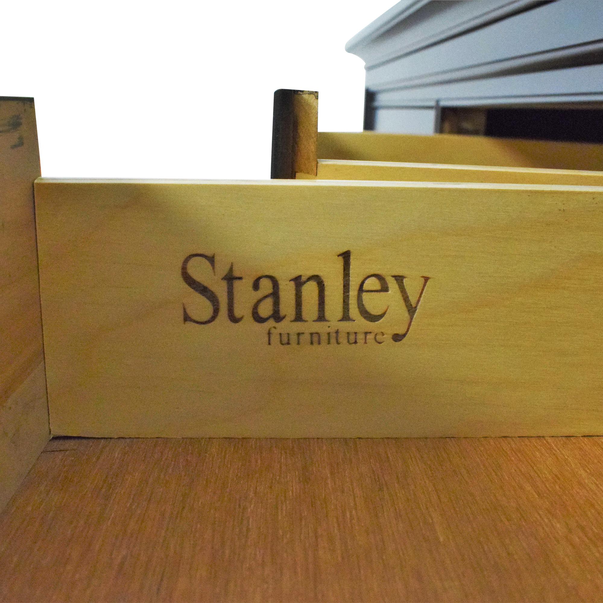 Stanley Furniture Stanley Furniture Nine Drawer Dresser with Mirror
