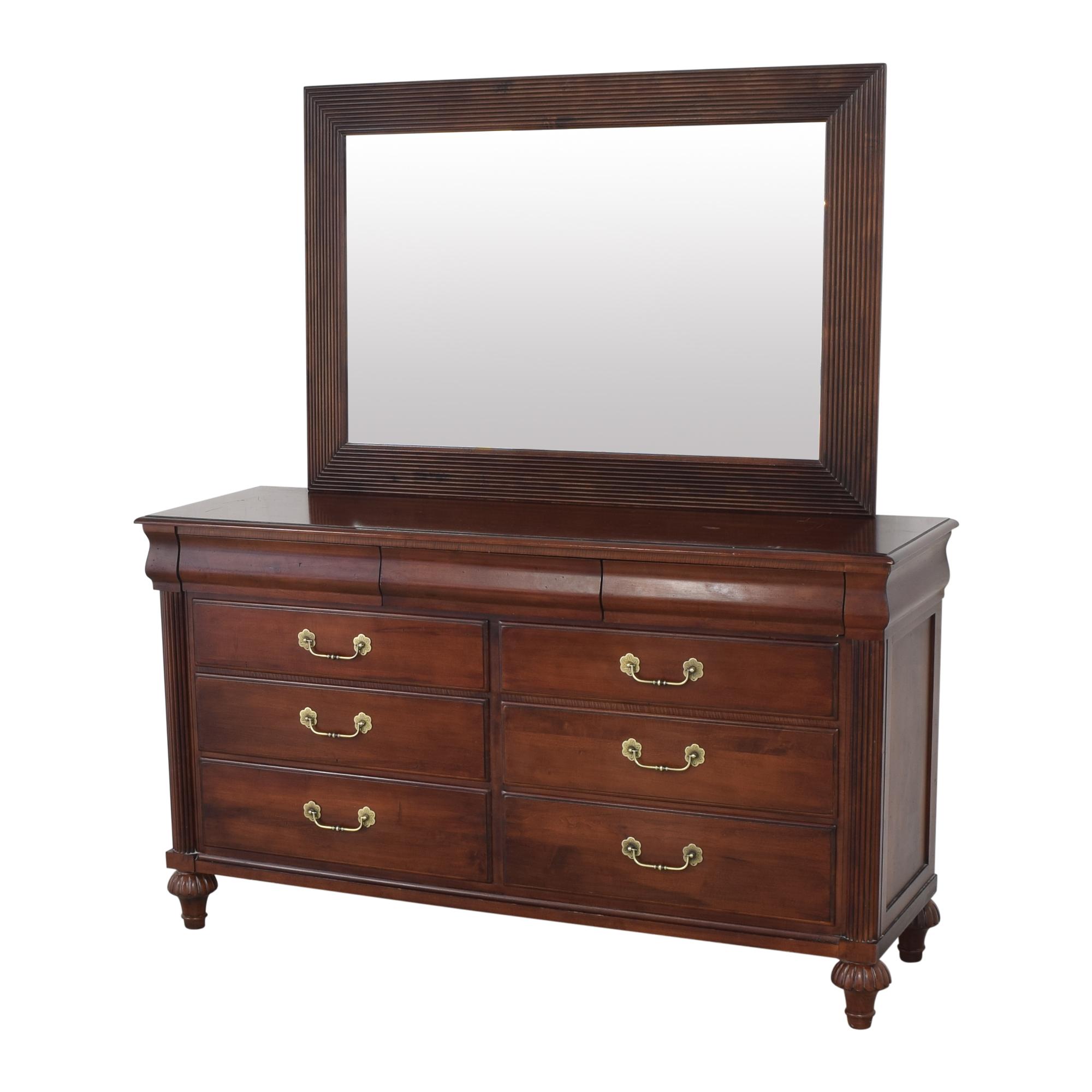 Ethan Allen Ethan Allen British Classics Marques Dresser with Mirror pa