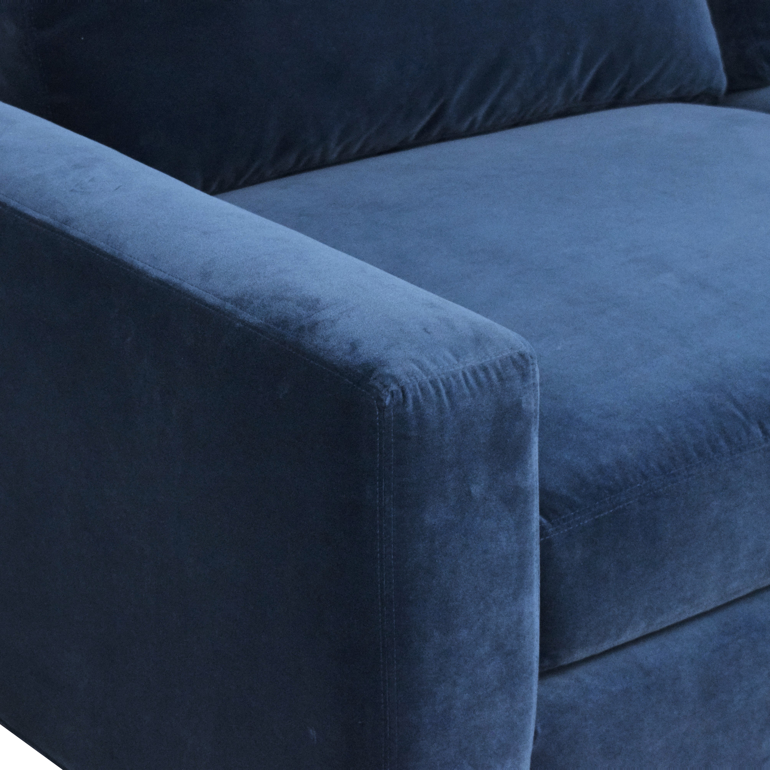 Room & Board Room & Board Metro Sectional Sofa with Chaise Sofas