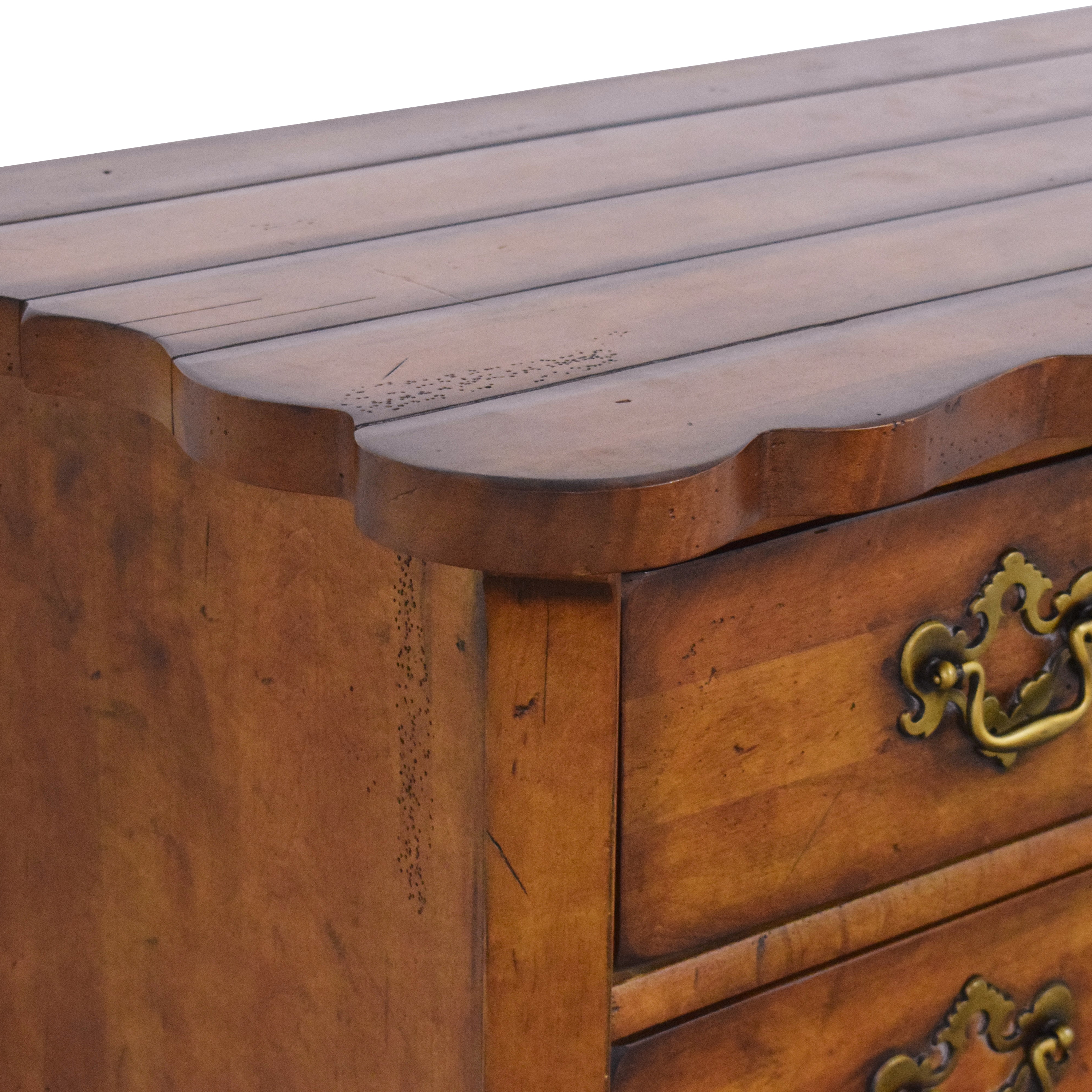 Century Furniture Century Furniture Town & Country Swell Chest ct