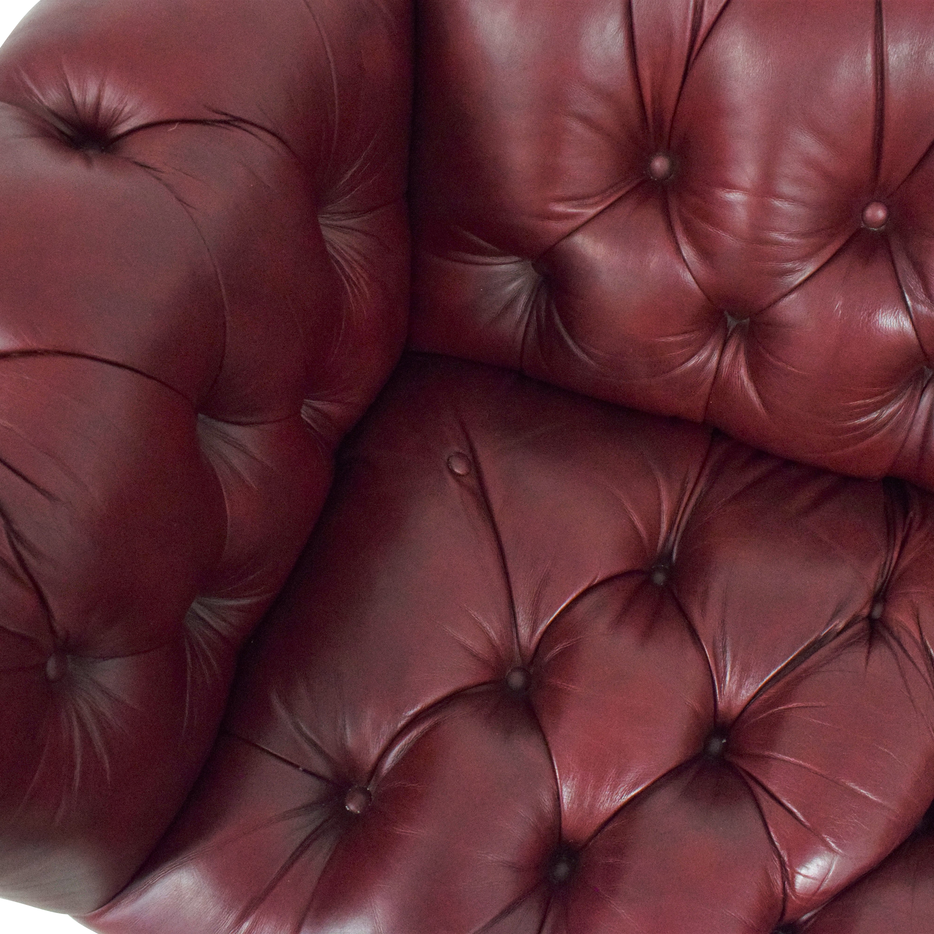 buy Scully & Scully Kent Chesterfield Sofa Scully & Scully Classic Sofas
