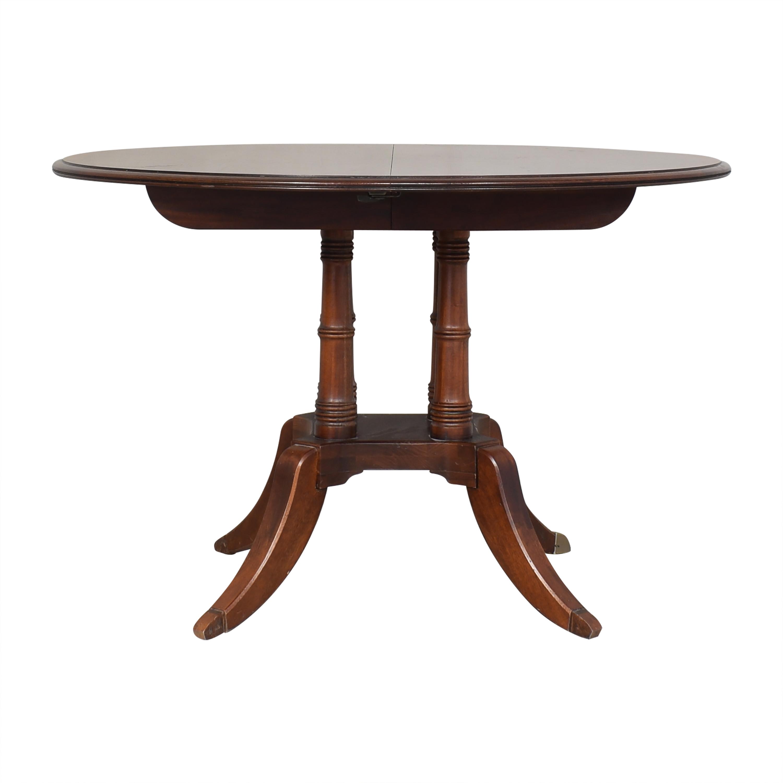 Ethan Allen Ethan Allen Hansen Round Dining Table used