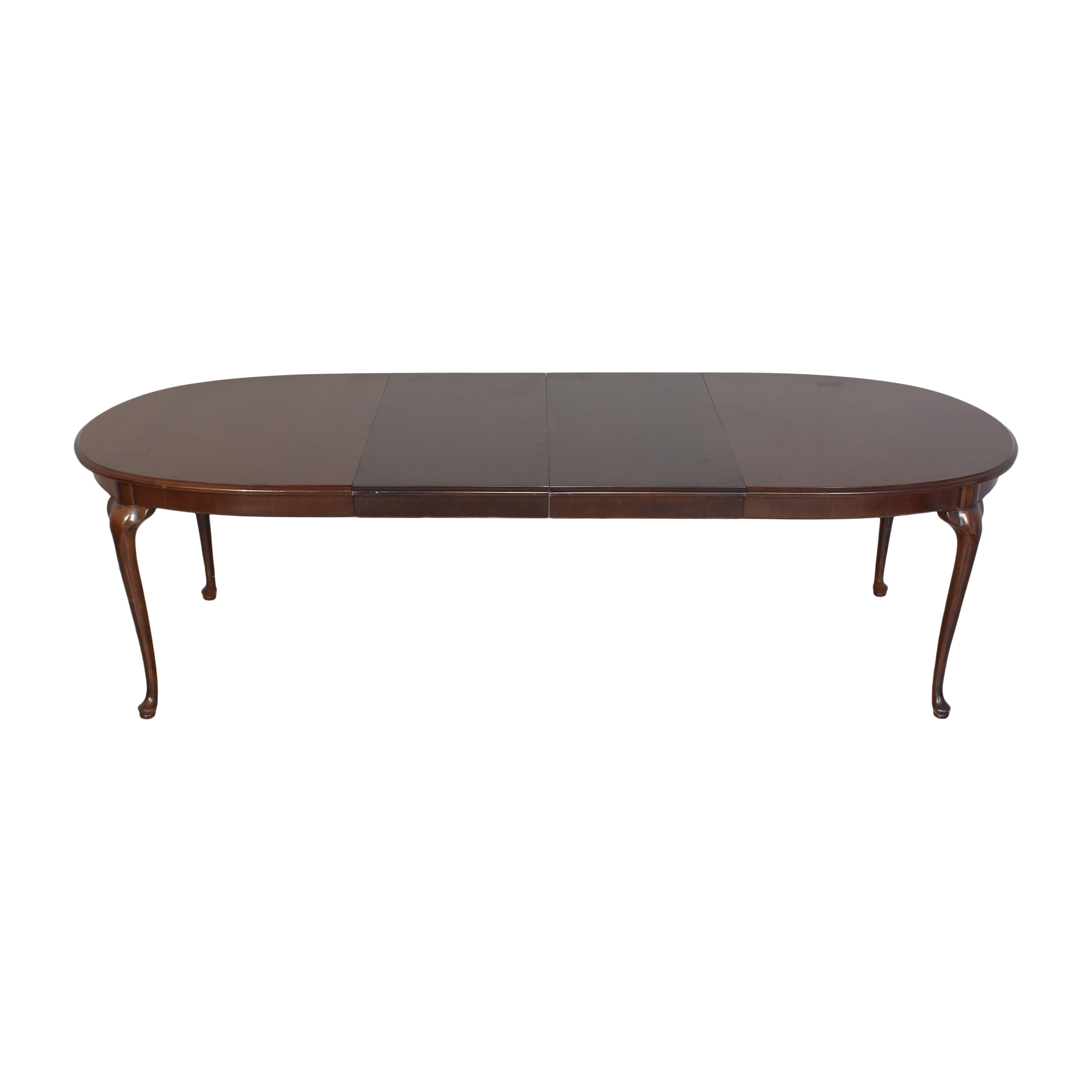 Thomasville Thomasville Oval Extendable Dining Table dimensions