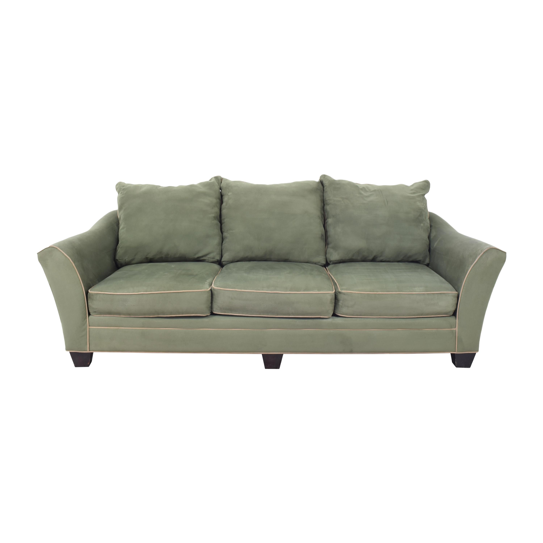 Raymour & Flanigan Briarwood Three Cushion Siofa / Classic Sofas