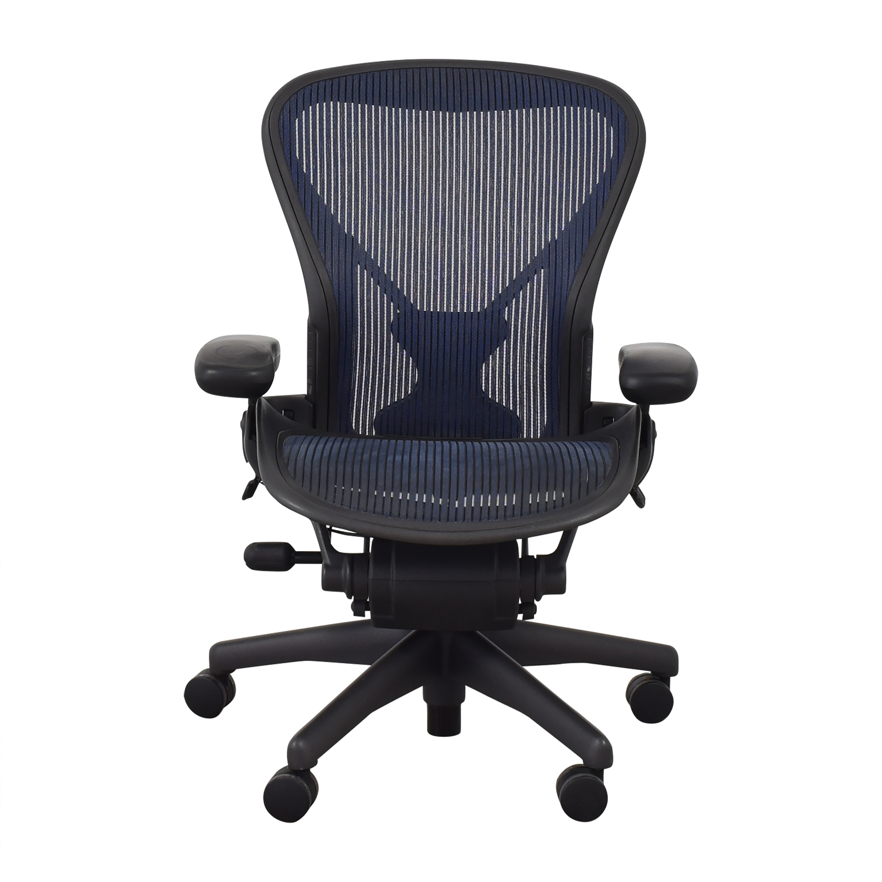 Herman Miller Size B Aeron Chair / Home Office Chairs