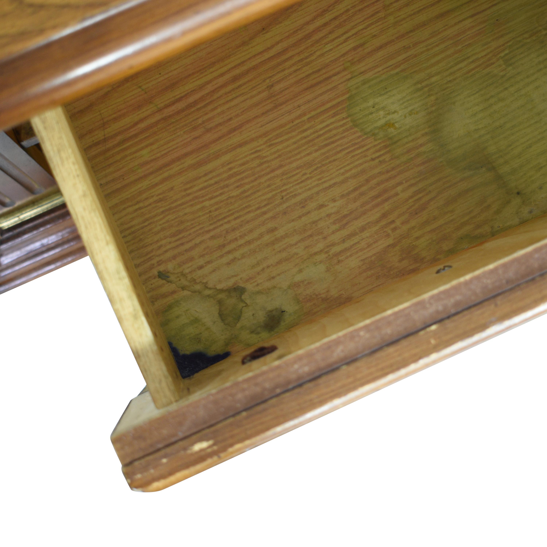Bassett Furniture Bassett Two Drawer Nightstands pa